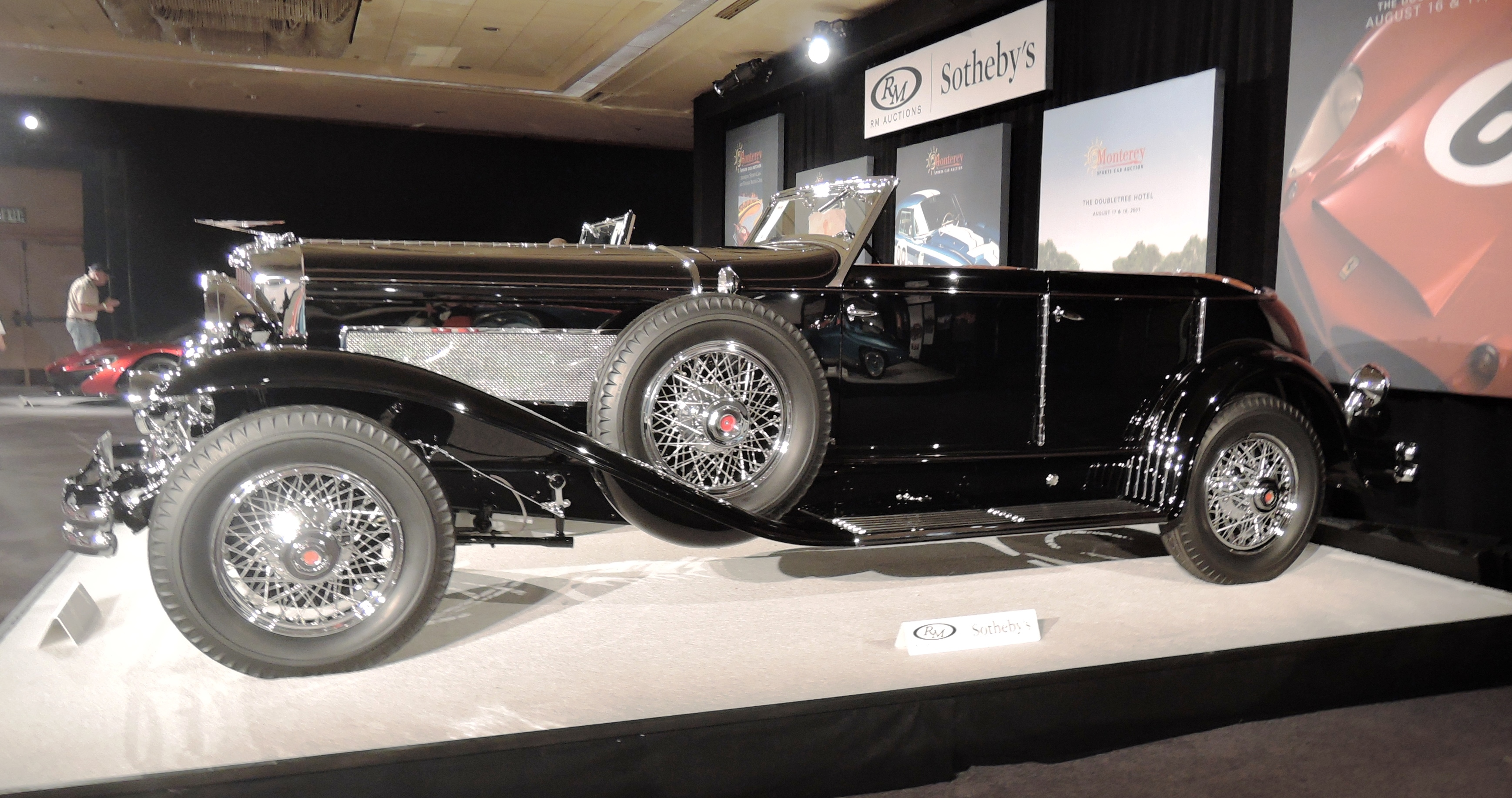 black 1933 Duesenberg Model SJ 'Riviera' Phaeton by Brunn - classic car auctions