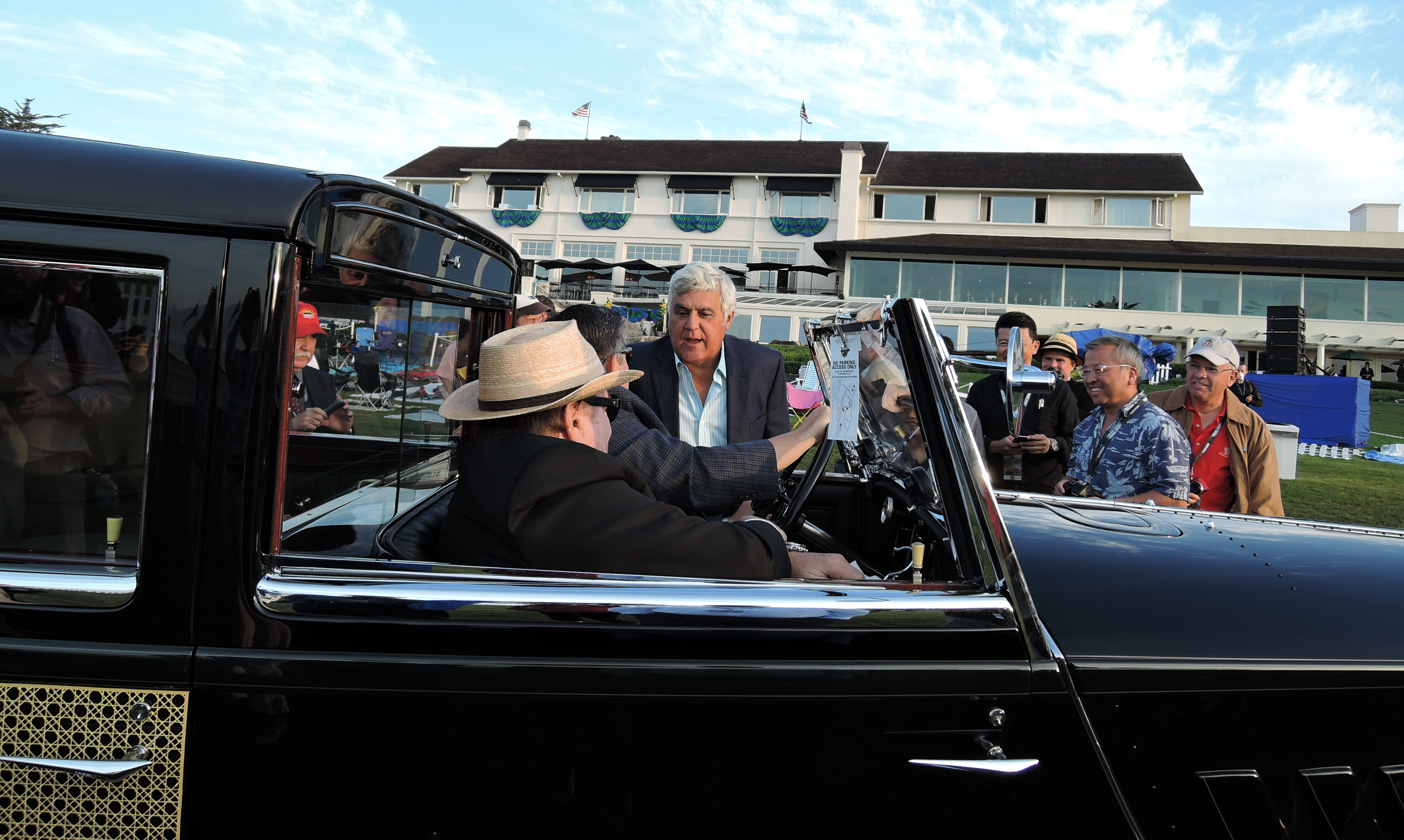 Jay Leno having a chat - concours d'elegance