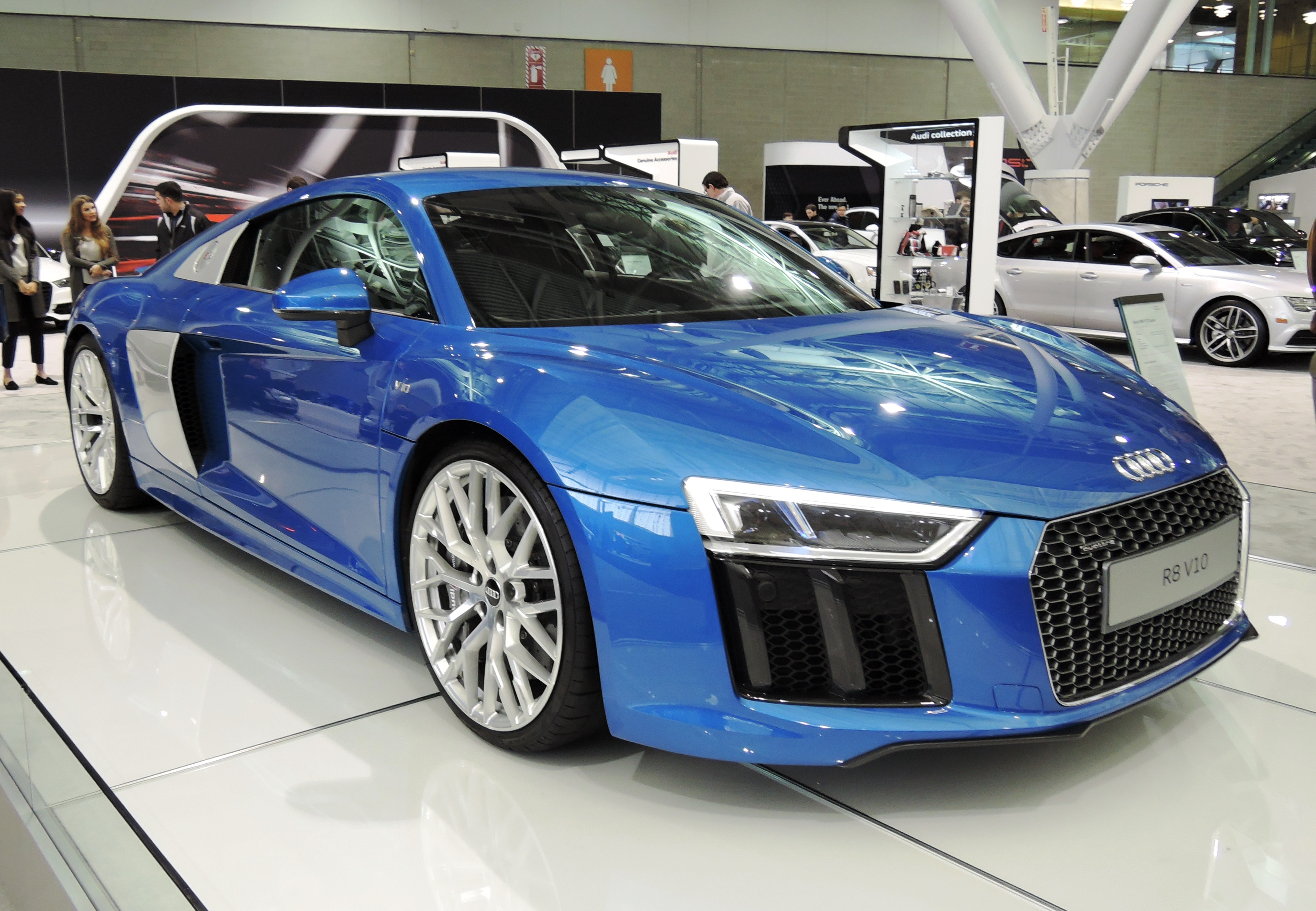 blue Audi R8 V10 plus - new england auto show