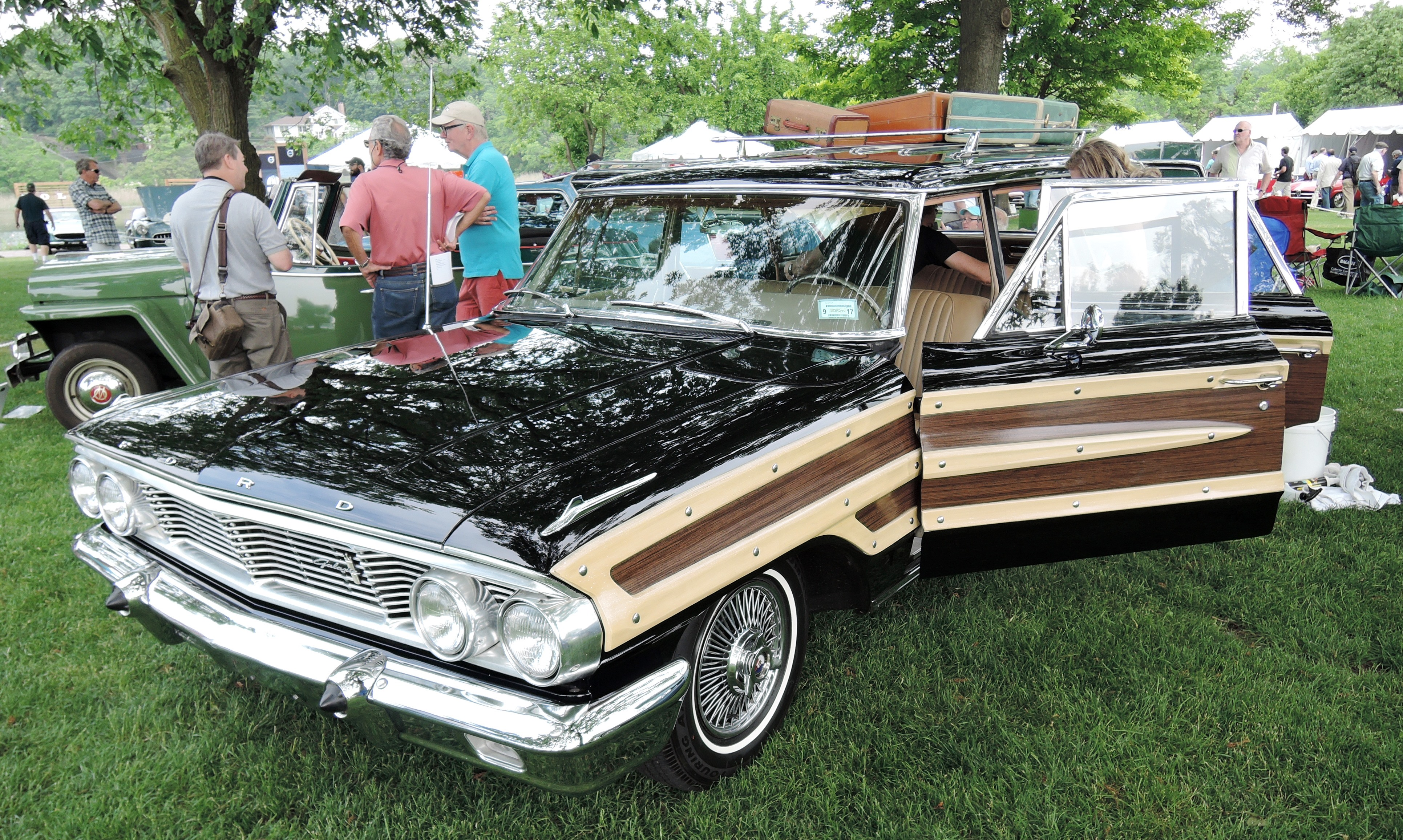black wood 1964 Ford Country Squire Station Wagon - greenwich concours