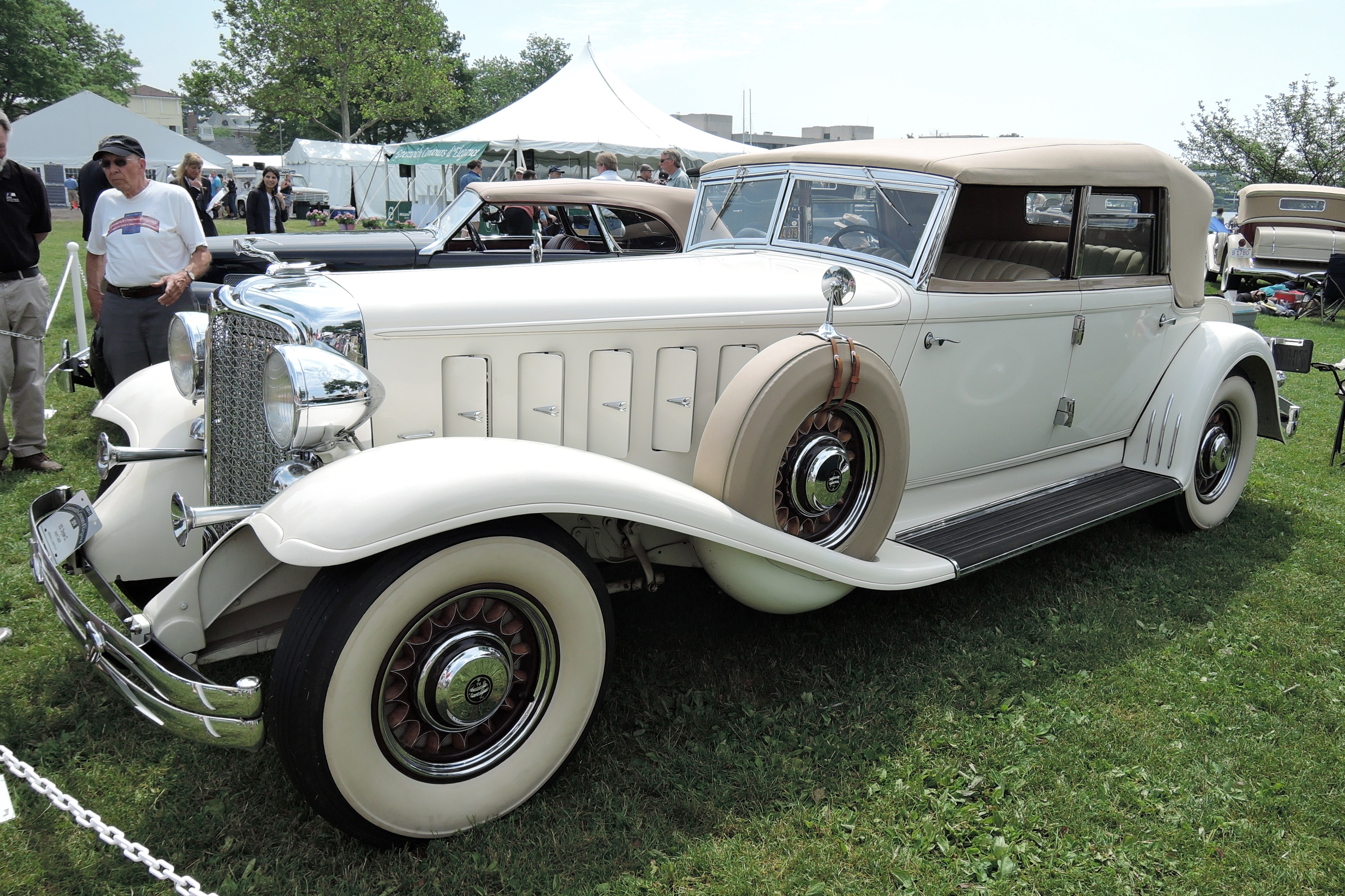white 1932 Chrysler CL Convertible Sedan - greenwich concours