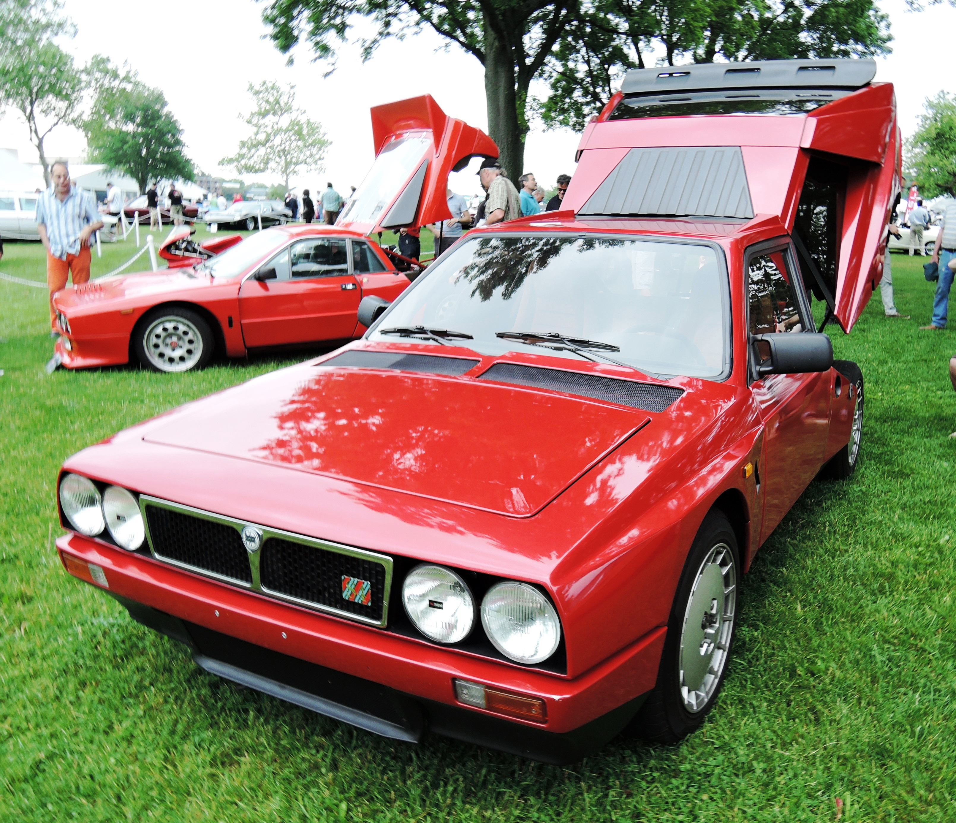 red 1986 Lancia Delta S4 Coupe - Greenwich concours d'elegance