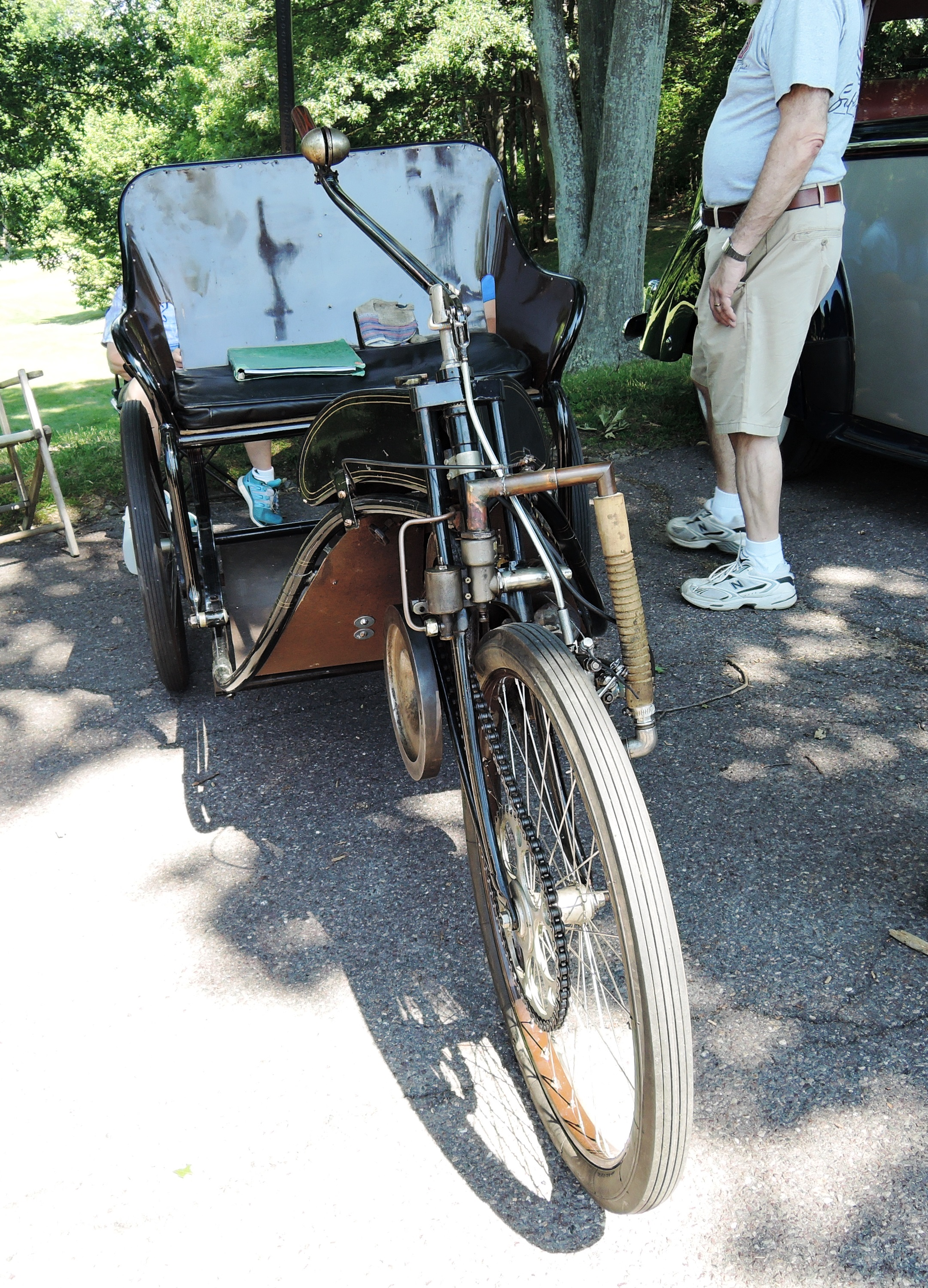 antique cycle - british car day