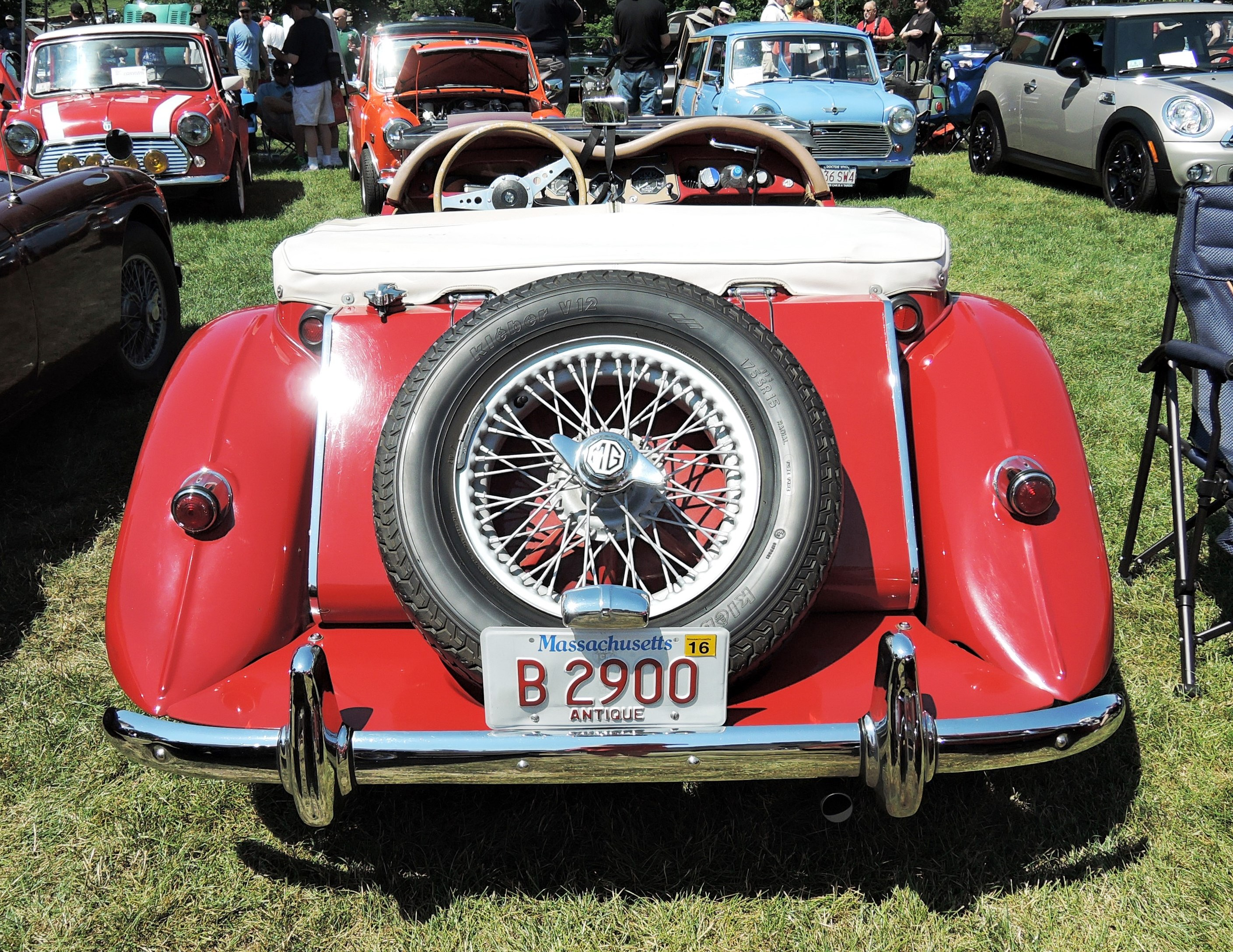 red mg convertible - license plates