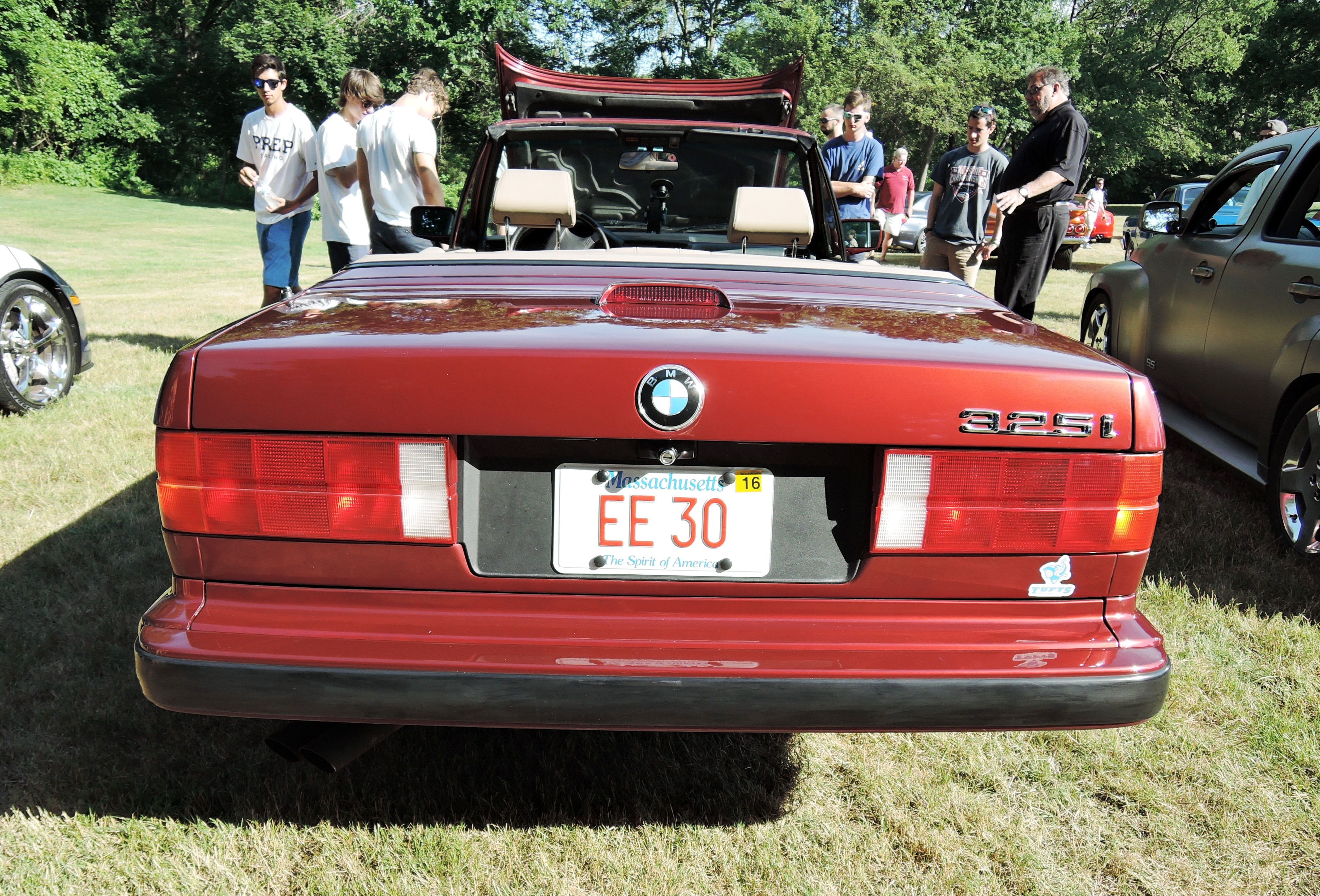 maroon e30 - vanity license plates