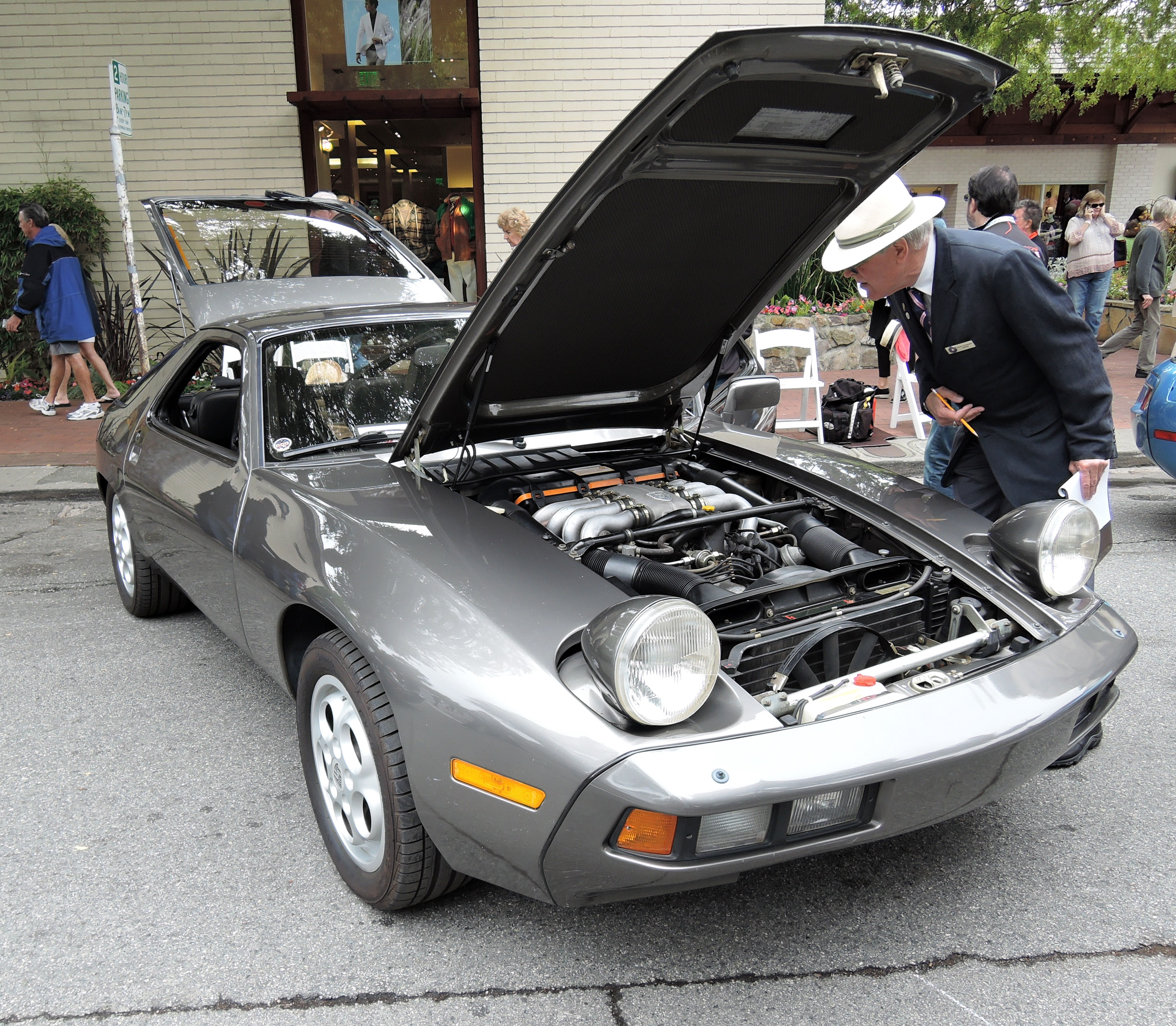 silver 1980 Porsche 928 - Concours on the Ave Carmel