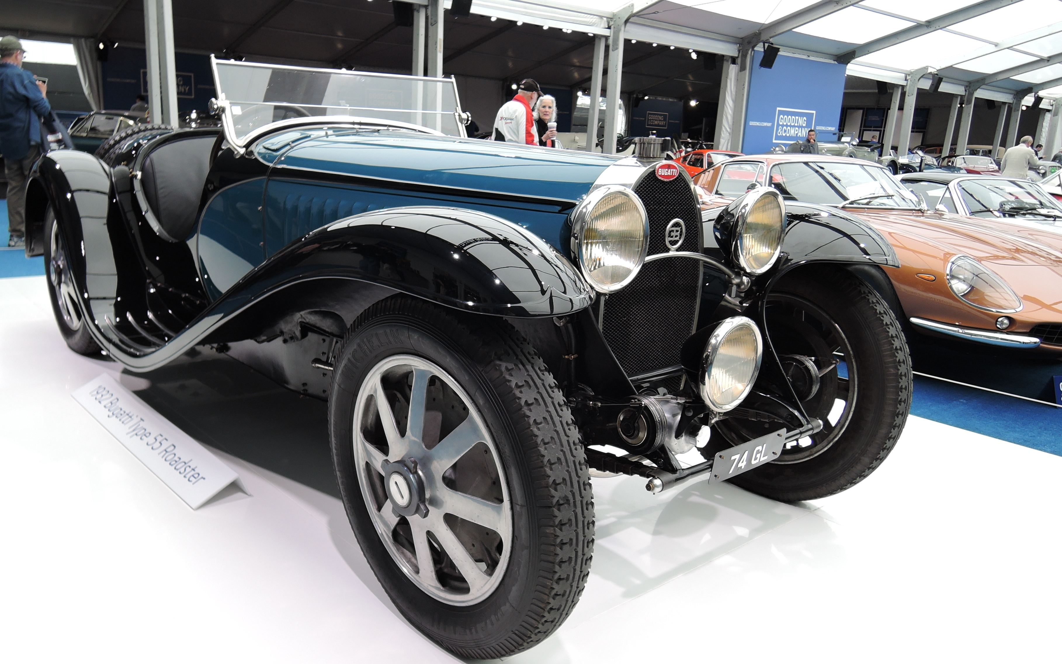 black/blue 1932 Bugatti Type 55 Roadster - Monterey auctions Gooding & Co