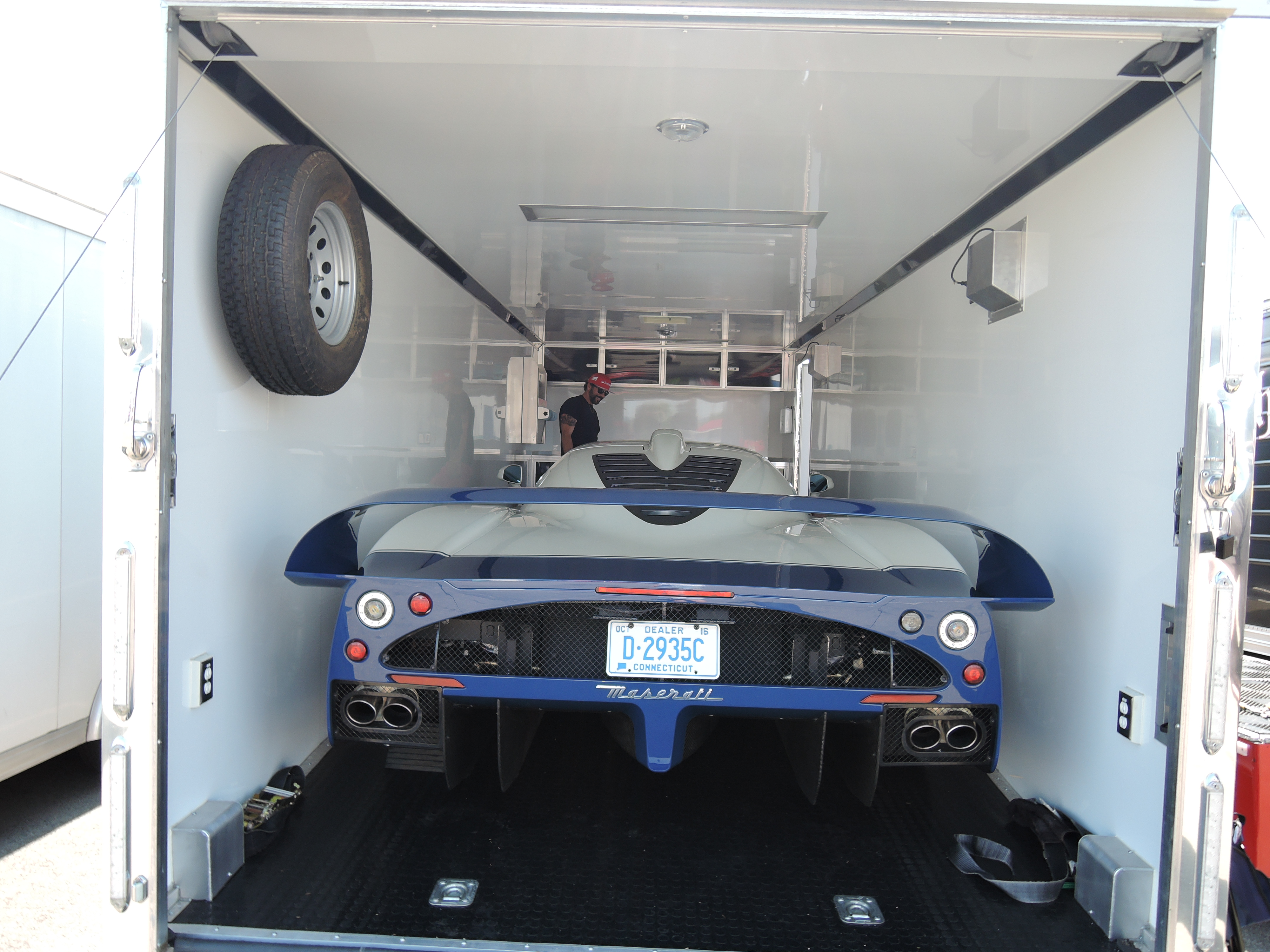 maserati mc12 in trailer - ferrari club at watkins glen