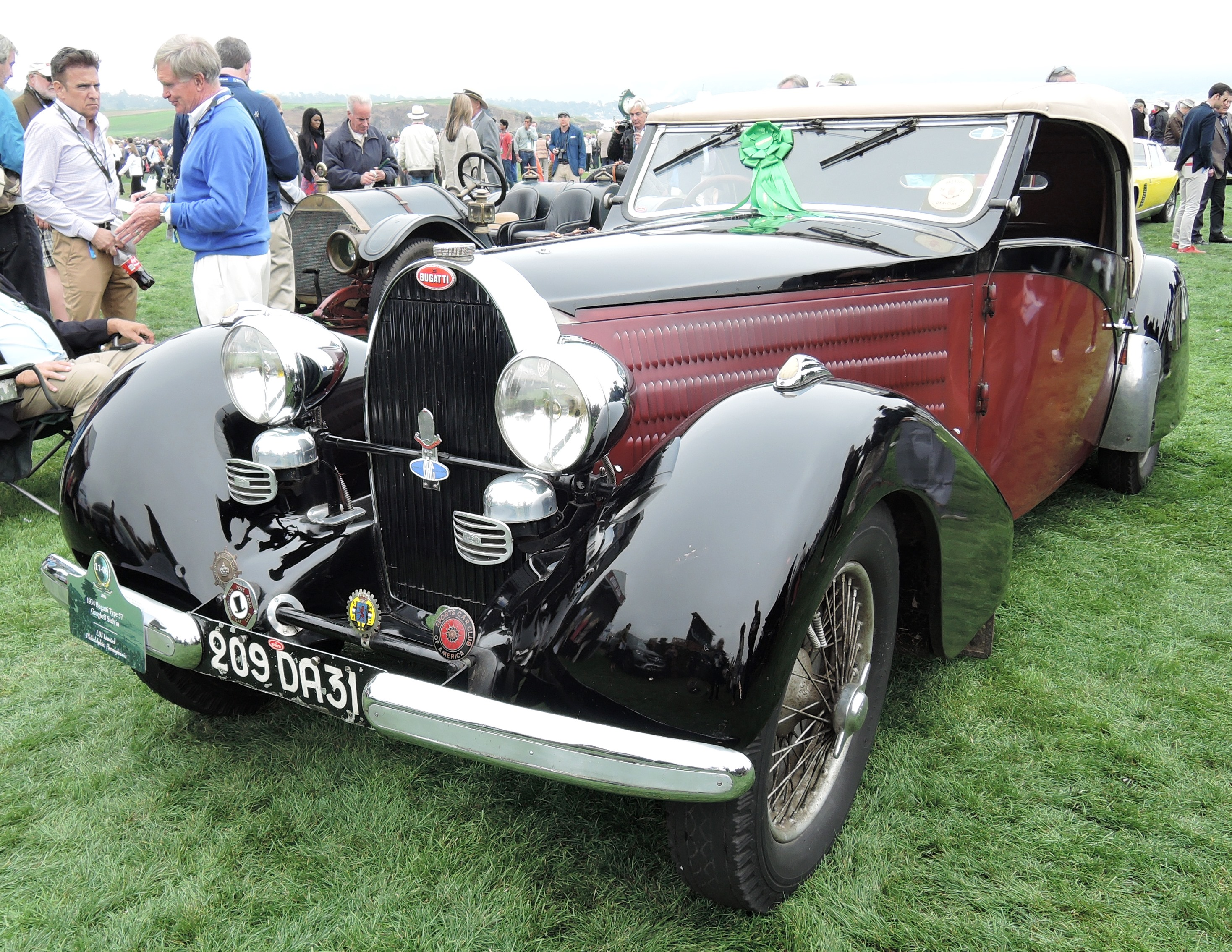 black/red 1934 Bugatti Type 57 Gangloff Stelvio - Pebble Beach Concours d'Elegance 2016