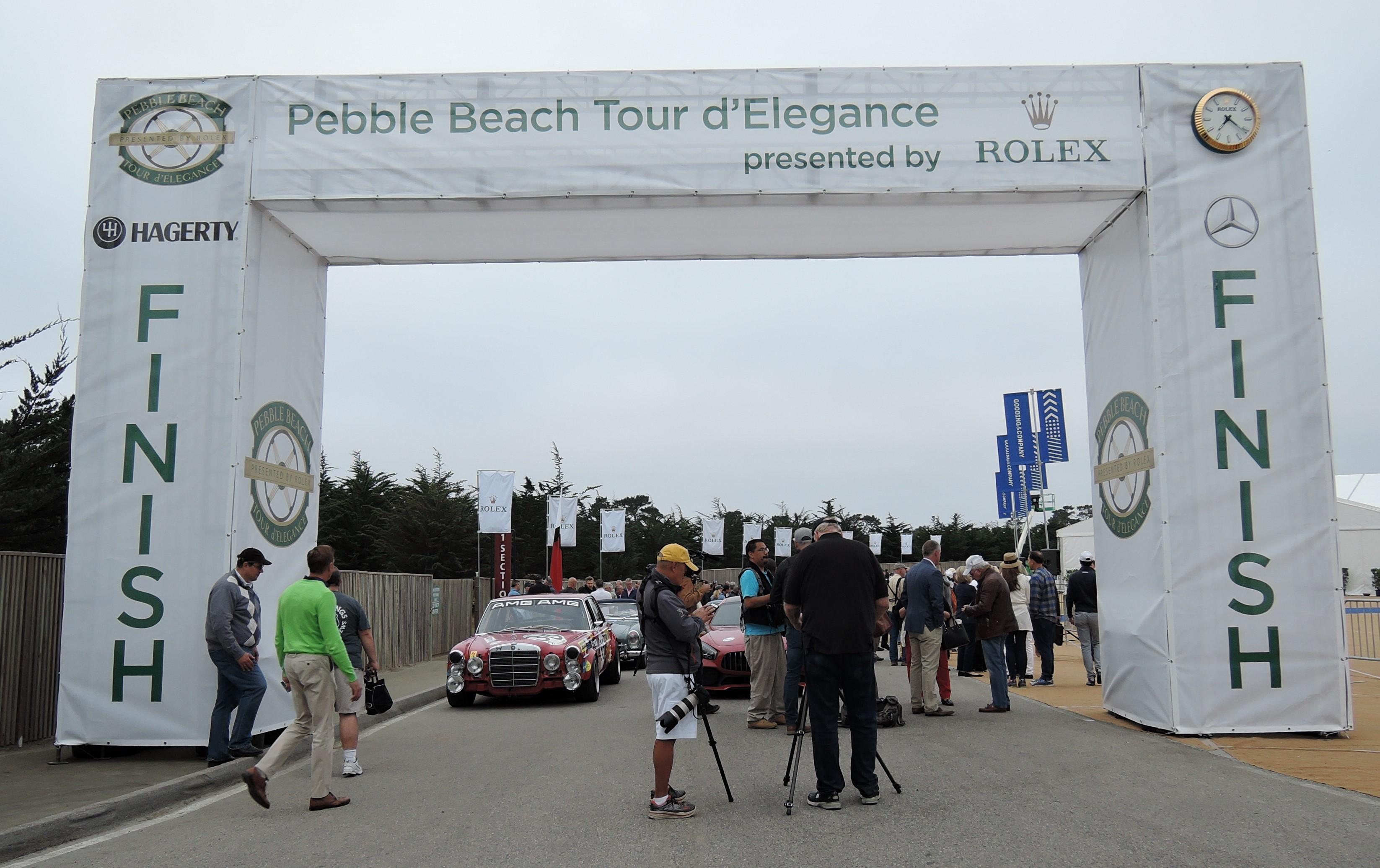 start 2017 Pebble Beach Tour d'Elegance