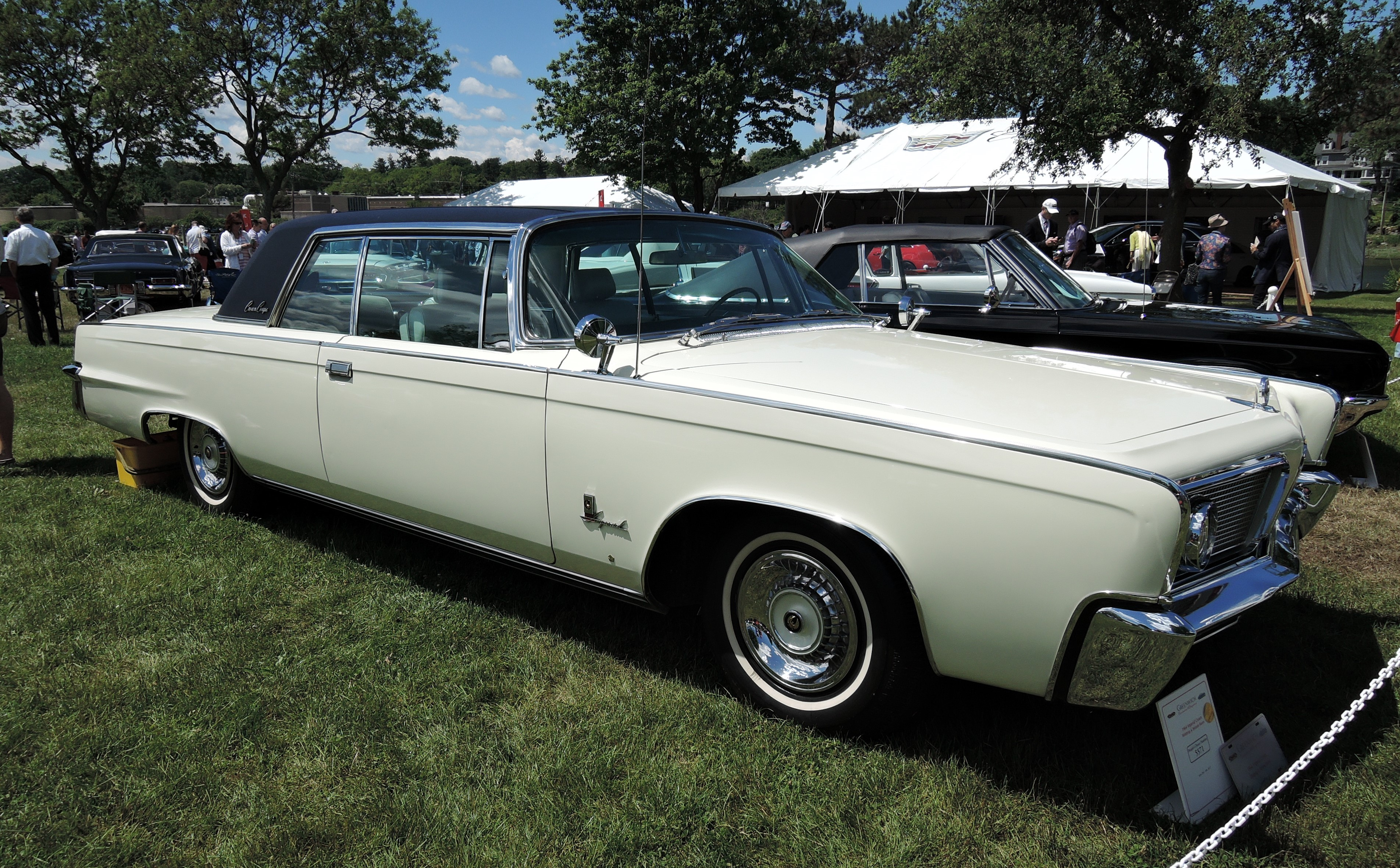 white 1964 Imperial Crown - Greenwich Concours d'Elegance 2017
