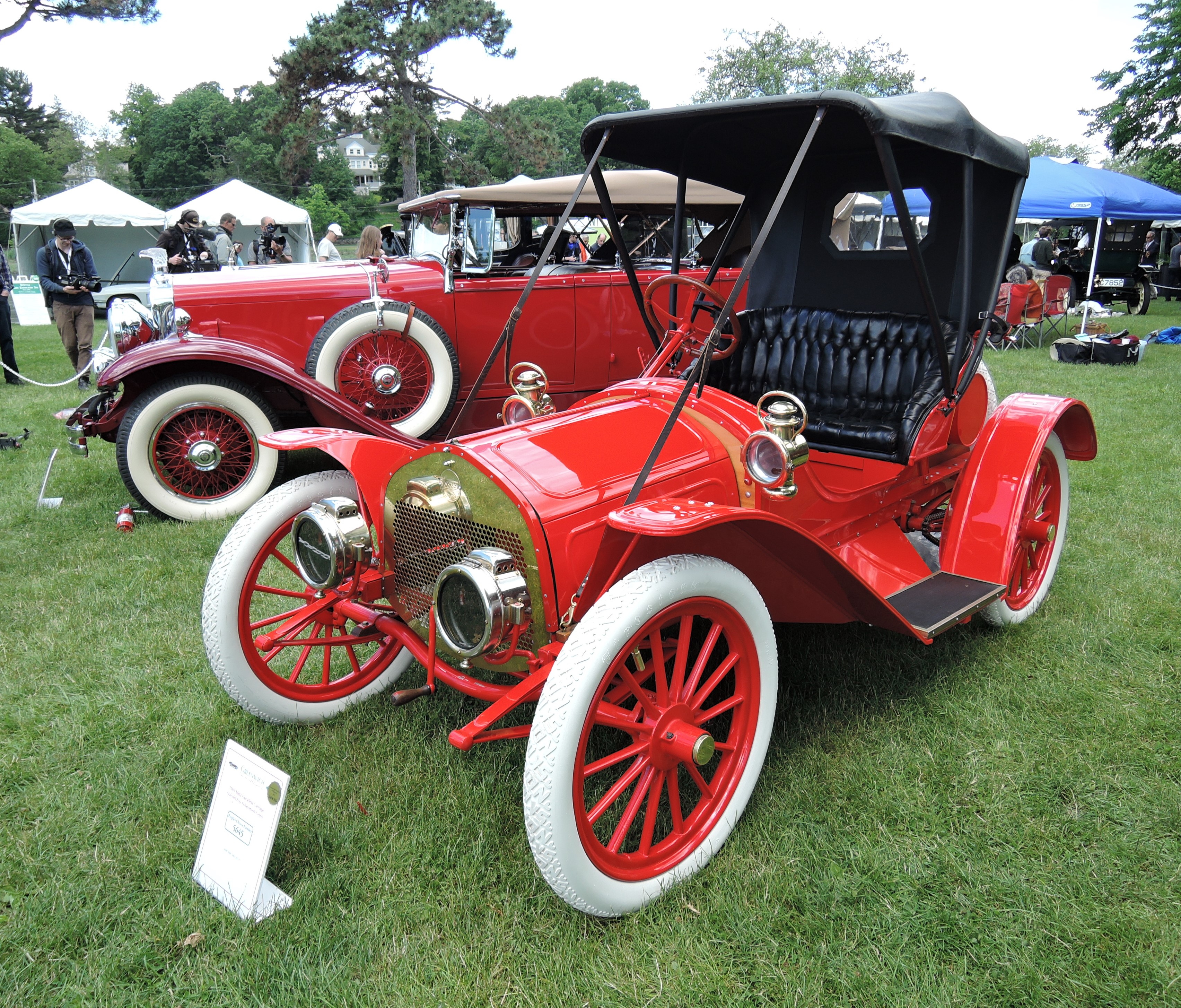 red 1909 Metz Horseless Carriage - Greenwich Concours d'Elegance 2017
