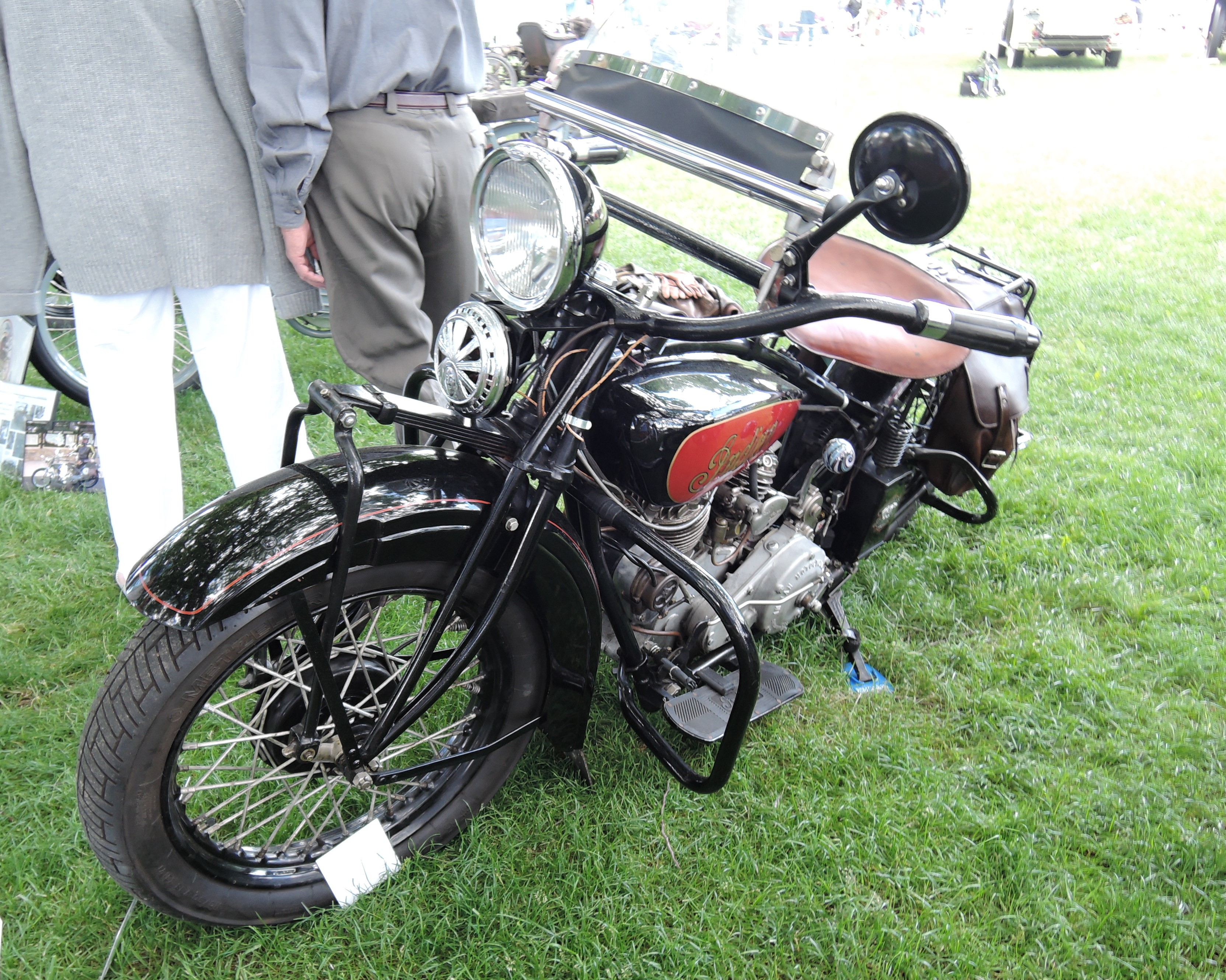 red/black 1931 Indian 101 Scout - Greenwich Concours d'Elegance 2017