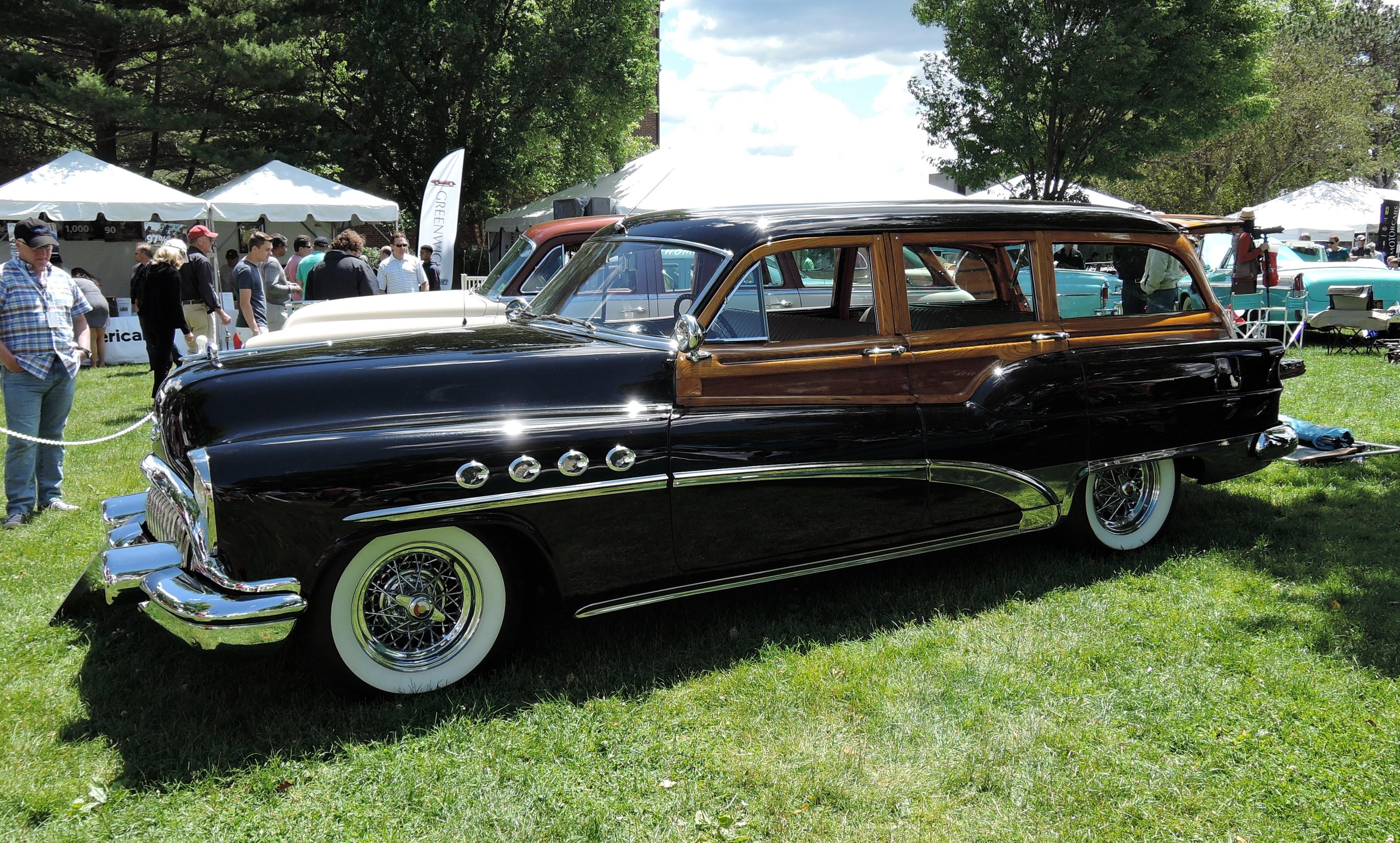 black/wood 1953 Buick Roadmaster Estate Wagon - Greenwich Concours d'Elegance 2017
