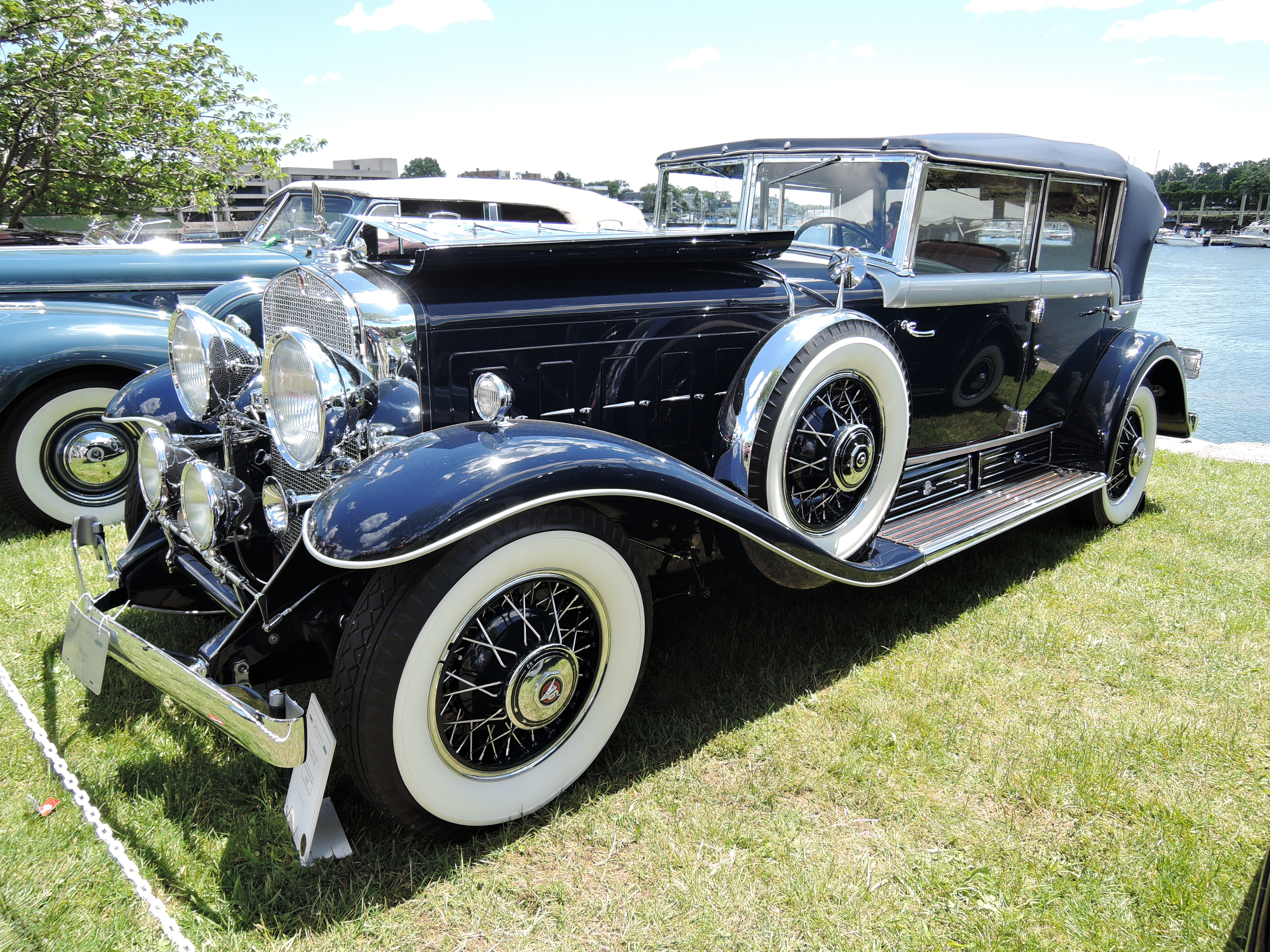 blue 1931 Cadillac 452A All-Weather Phaeton - Greenwich Concours d'Elegance 2017