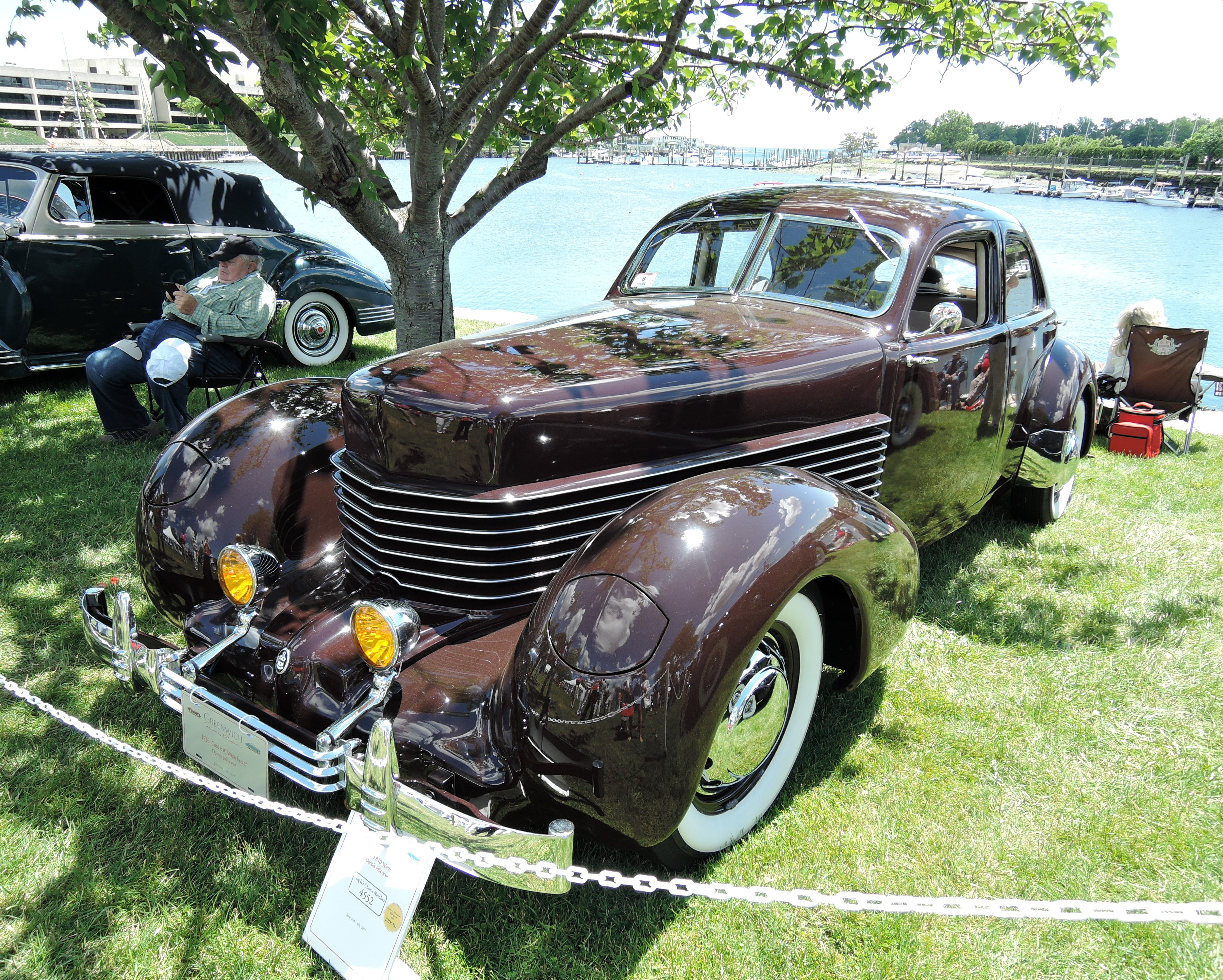 brown 1936 Cord 810 Westchester Sedan - Greenwich Concours d'Elegance 2017