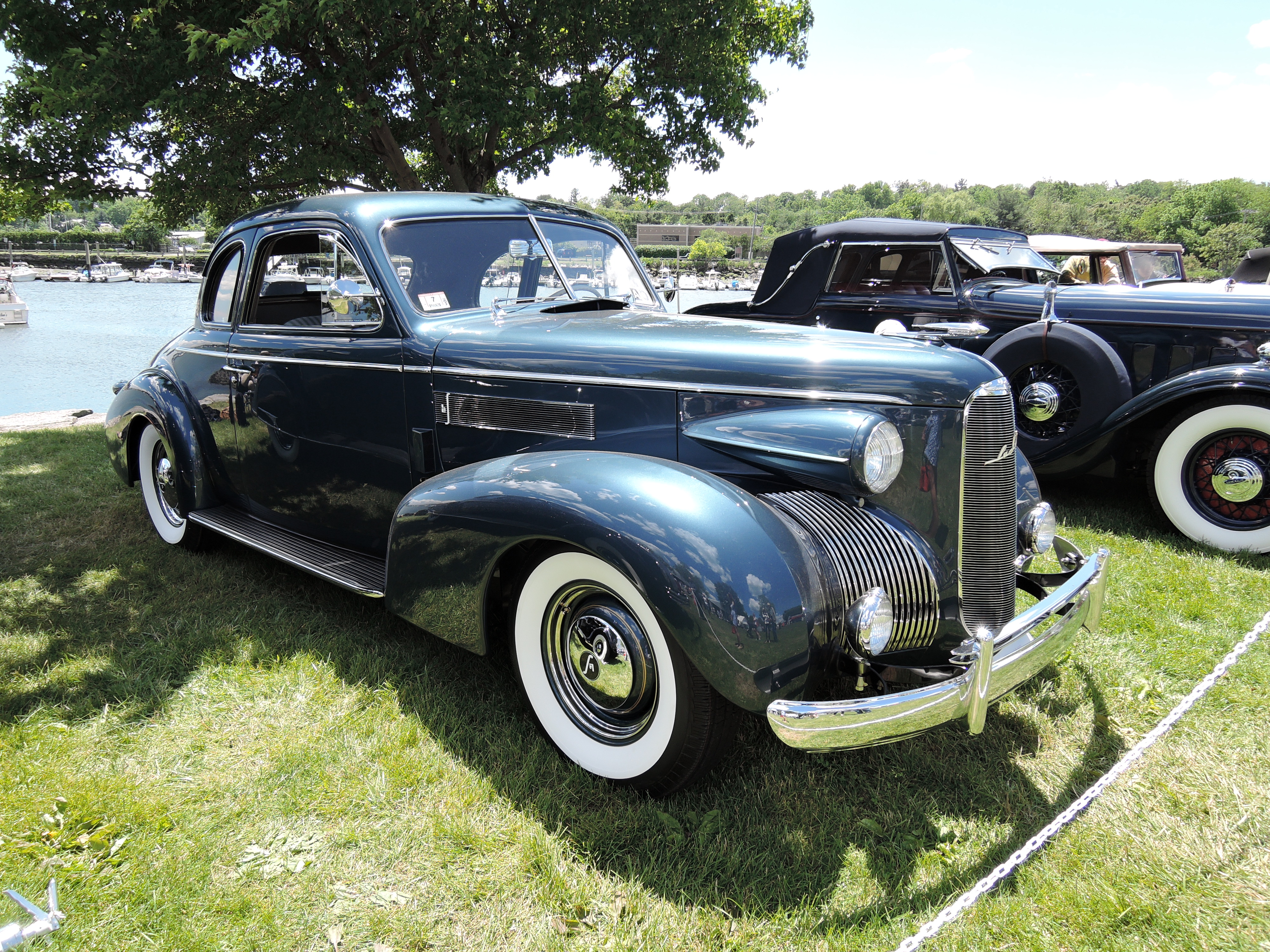 blue 1939 LaSalle 5027 Coupe - Greenwich Concours d'Elegance 2017