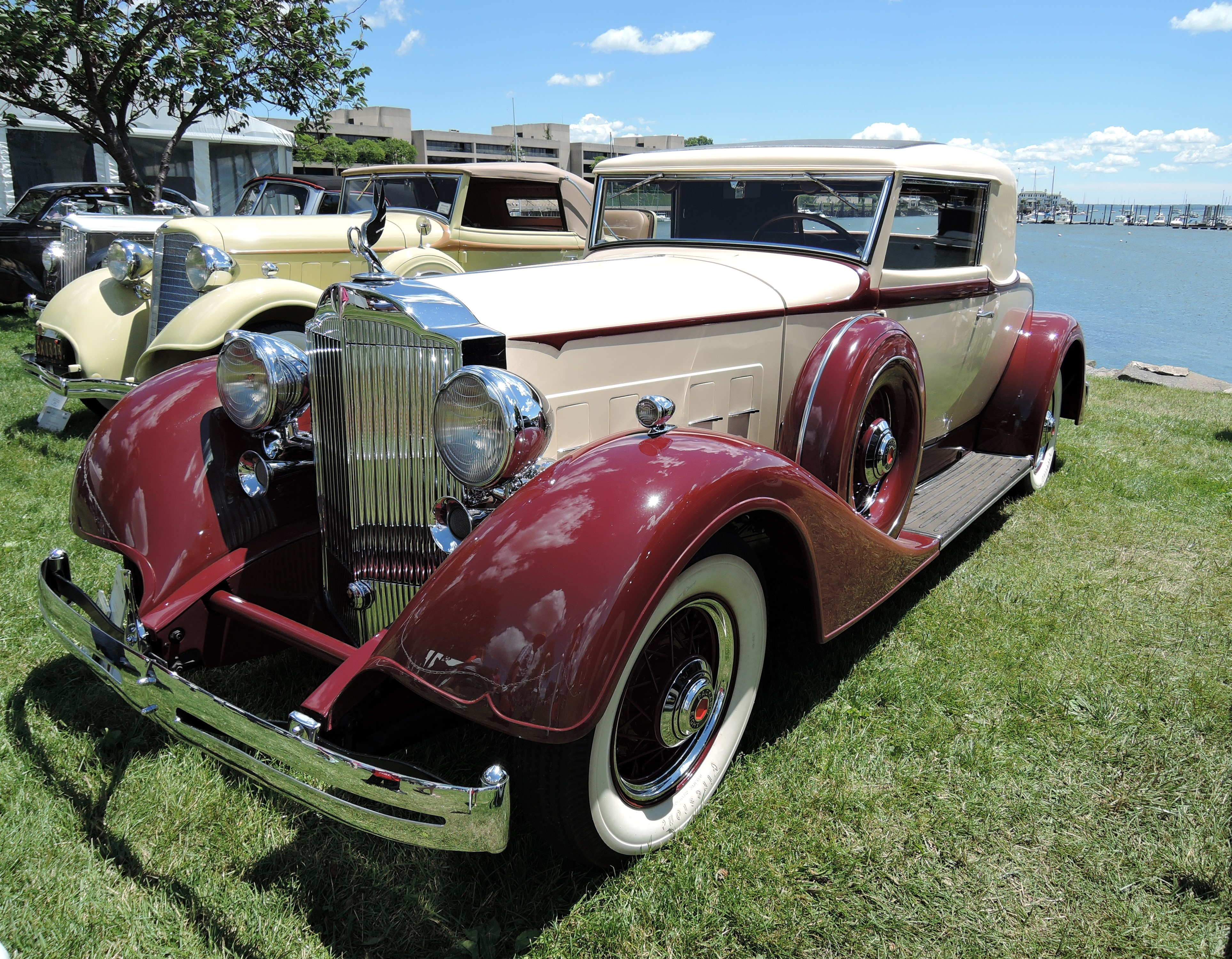 cream/red 1934 Packard 1101 - Greenwich Concours d'Elegance 2017