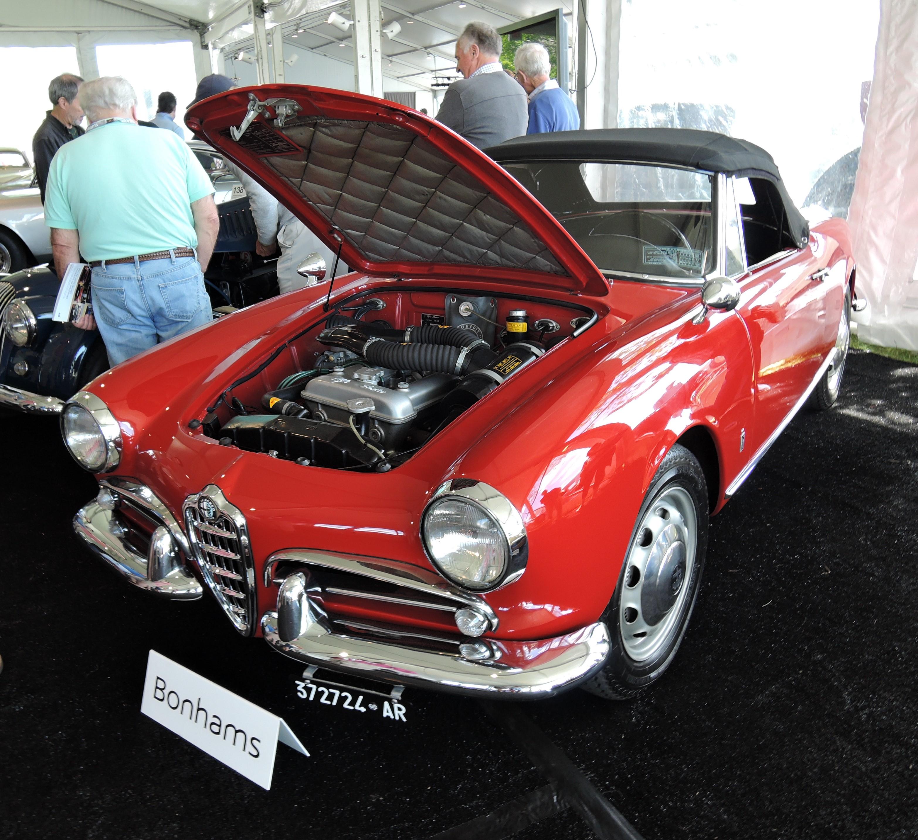bonhams red 1963 Alfa Romeo Giulia 1600 Spider Normale - Greenwich Concours d'Elegance 2017