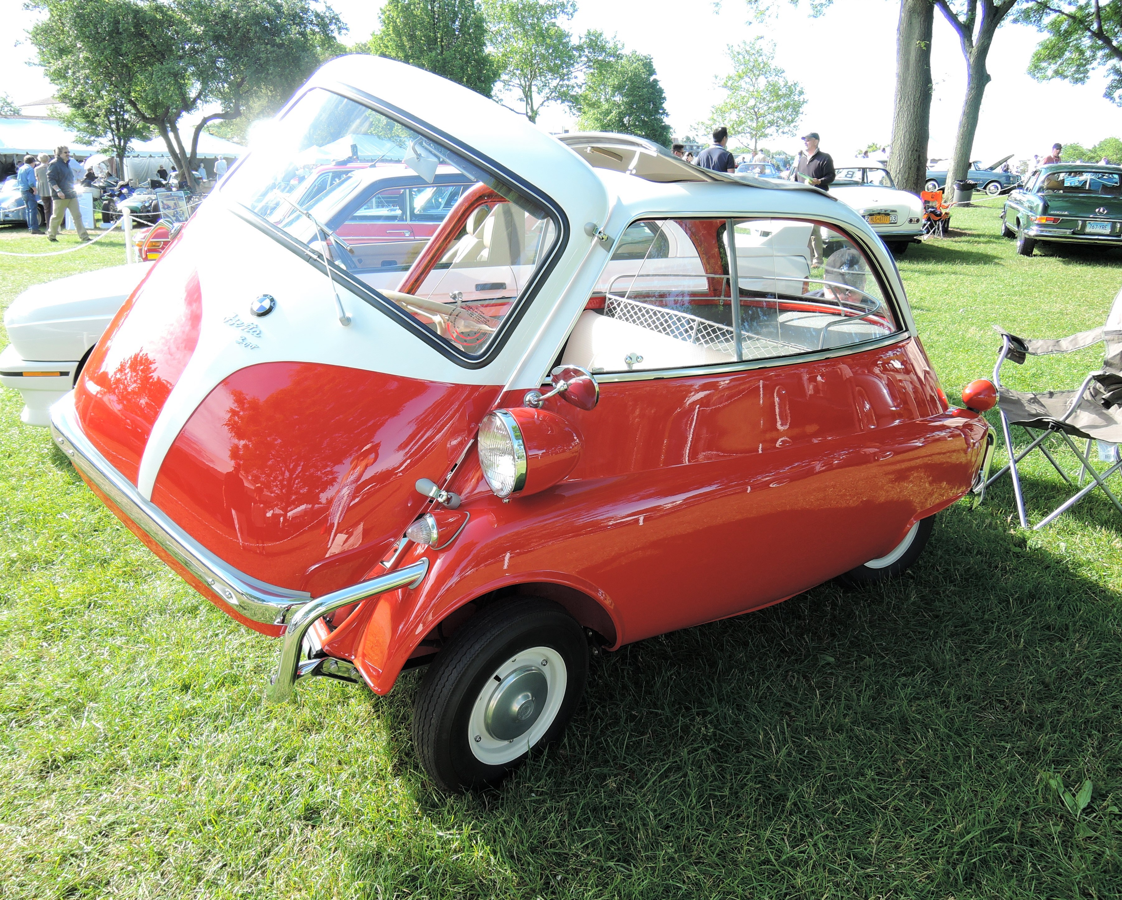 red 1957 BMW Isetta 300 300 Coupe - Greenwich Concours d'Elegance 2017
