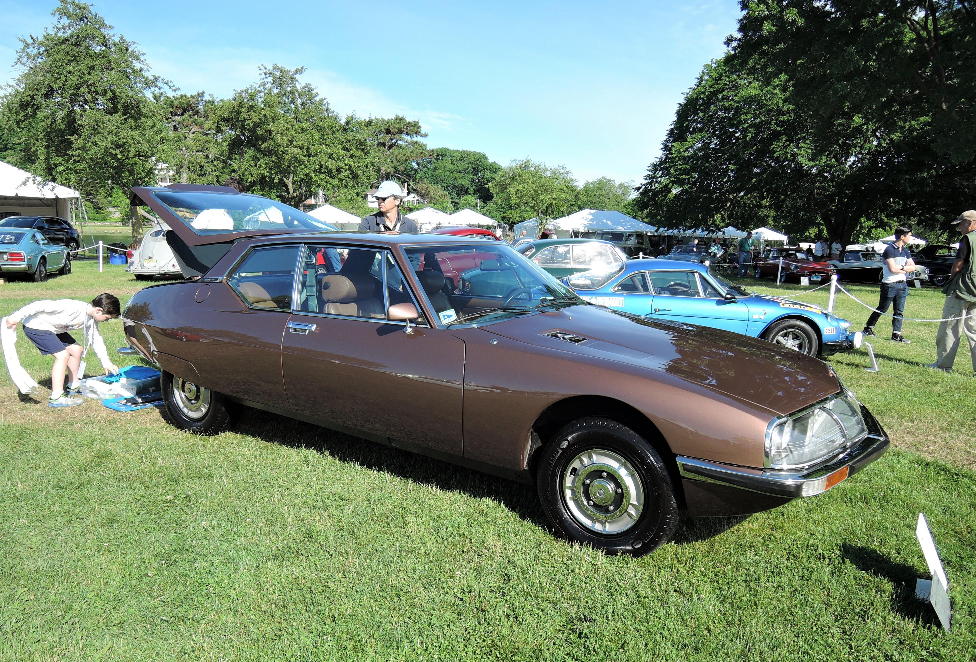 brown 1973 Citroen SM 3.0 - Greenwich Concours d'Elegance 2017