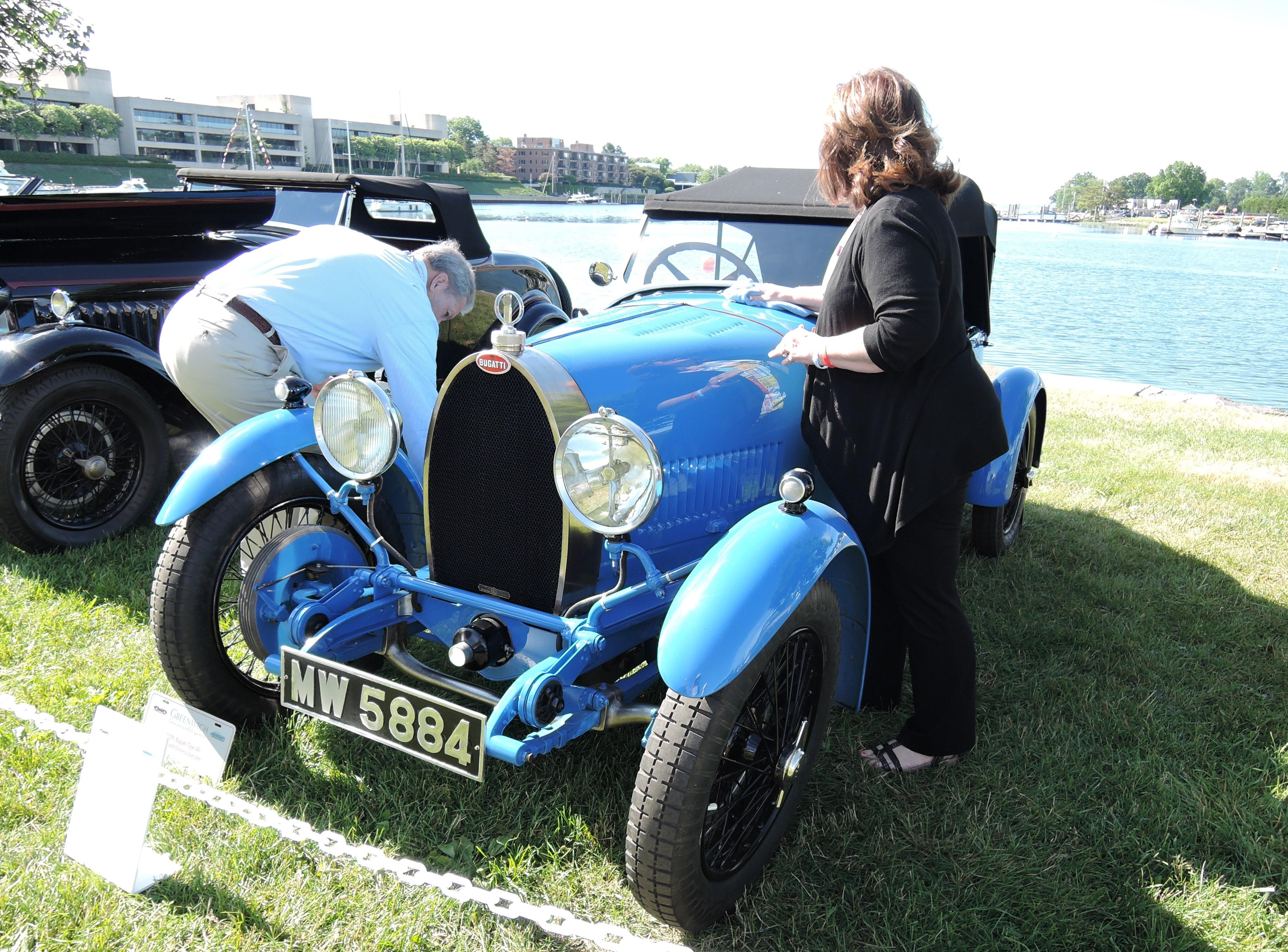 blue 1929 Bugati Type 40 Grand Sport - Greenwich Concours d'Elegance 2017