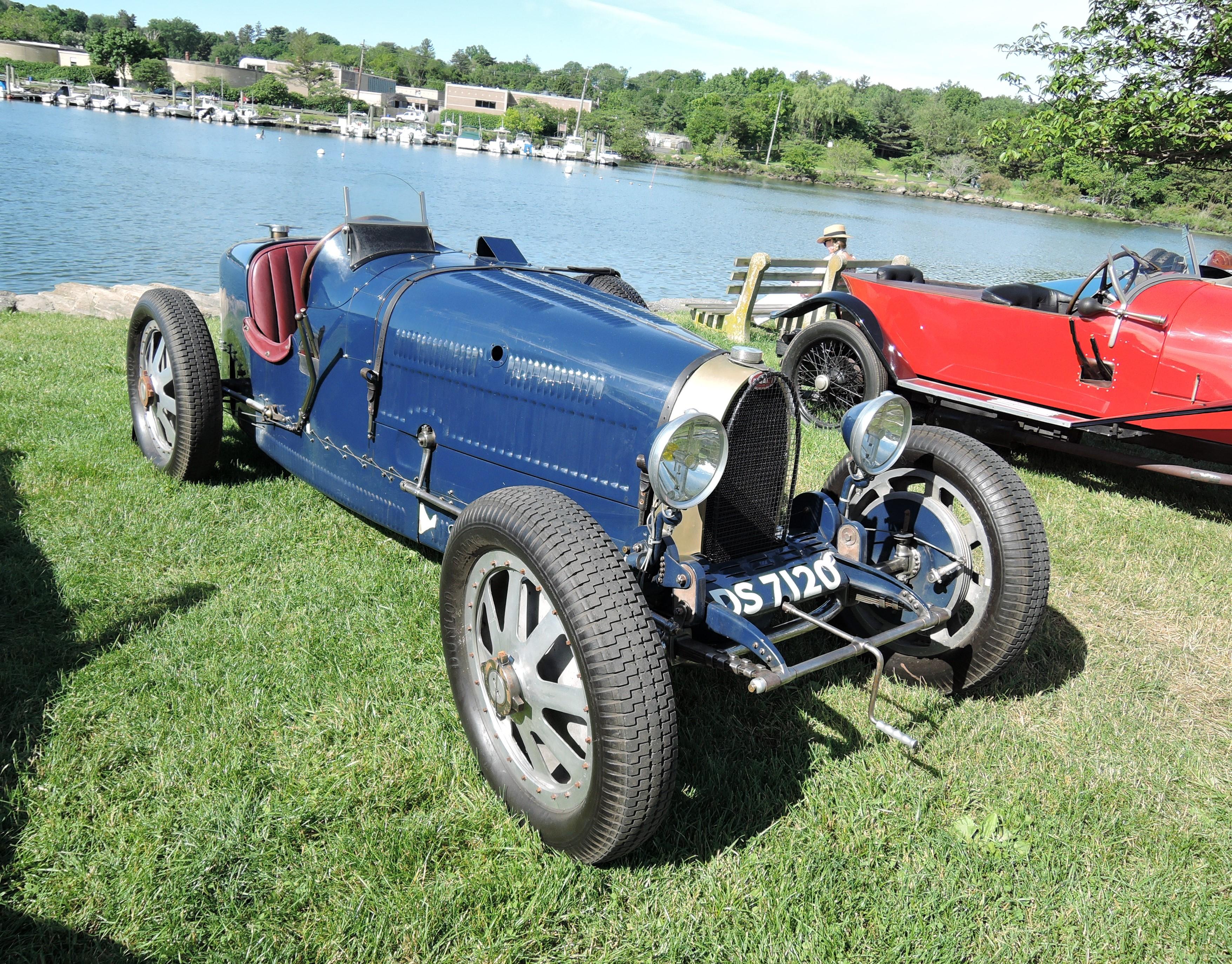 blue 1927 Bugatti Type 37A - Greenwich Concours d'Elegance 2017