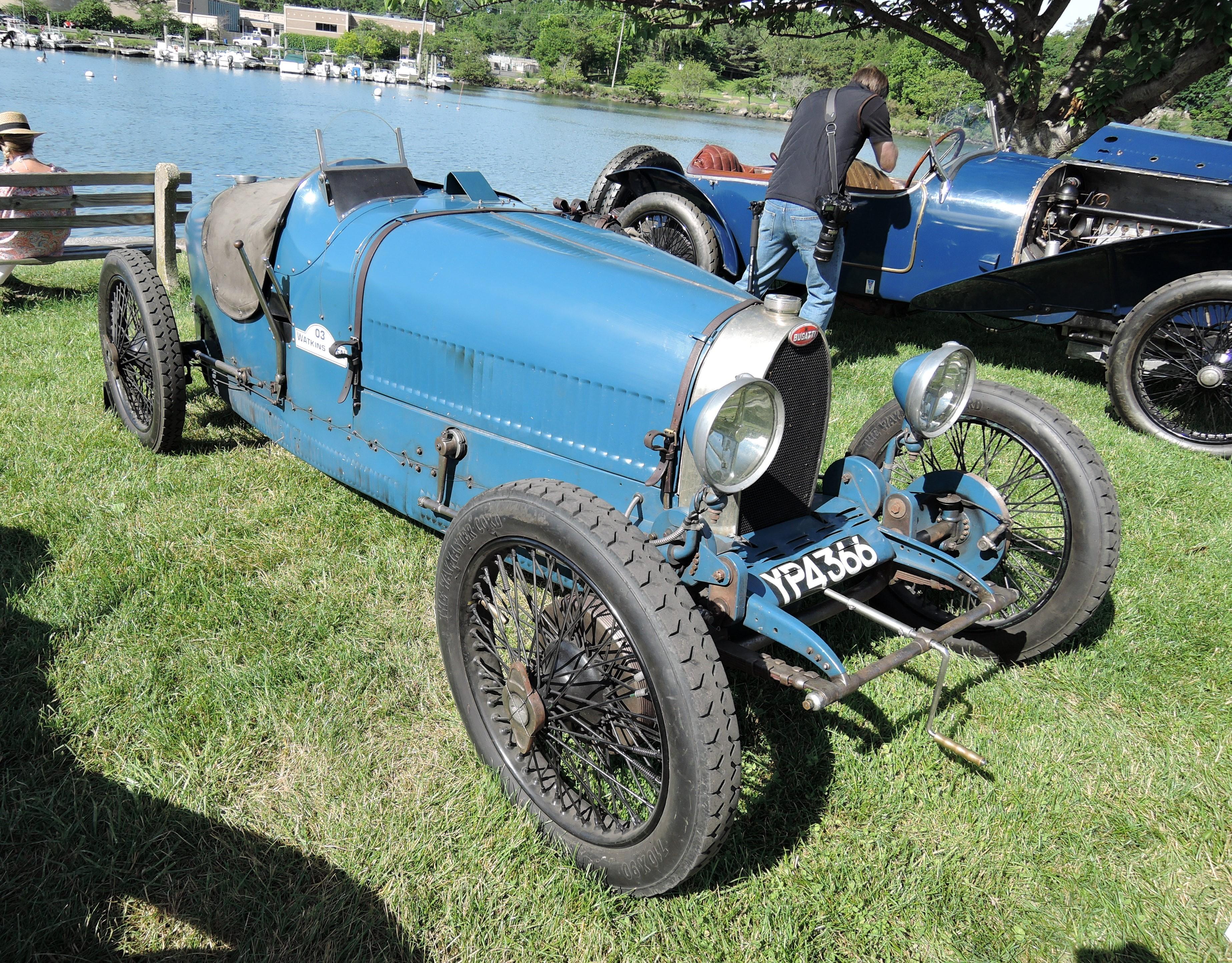 blue 1926 Bugatti Type 37 - Greenwich Concours d'Elegance 2017