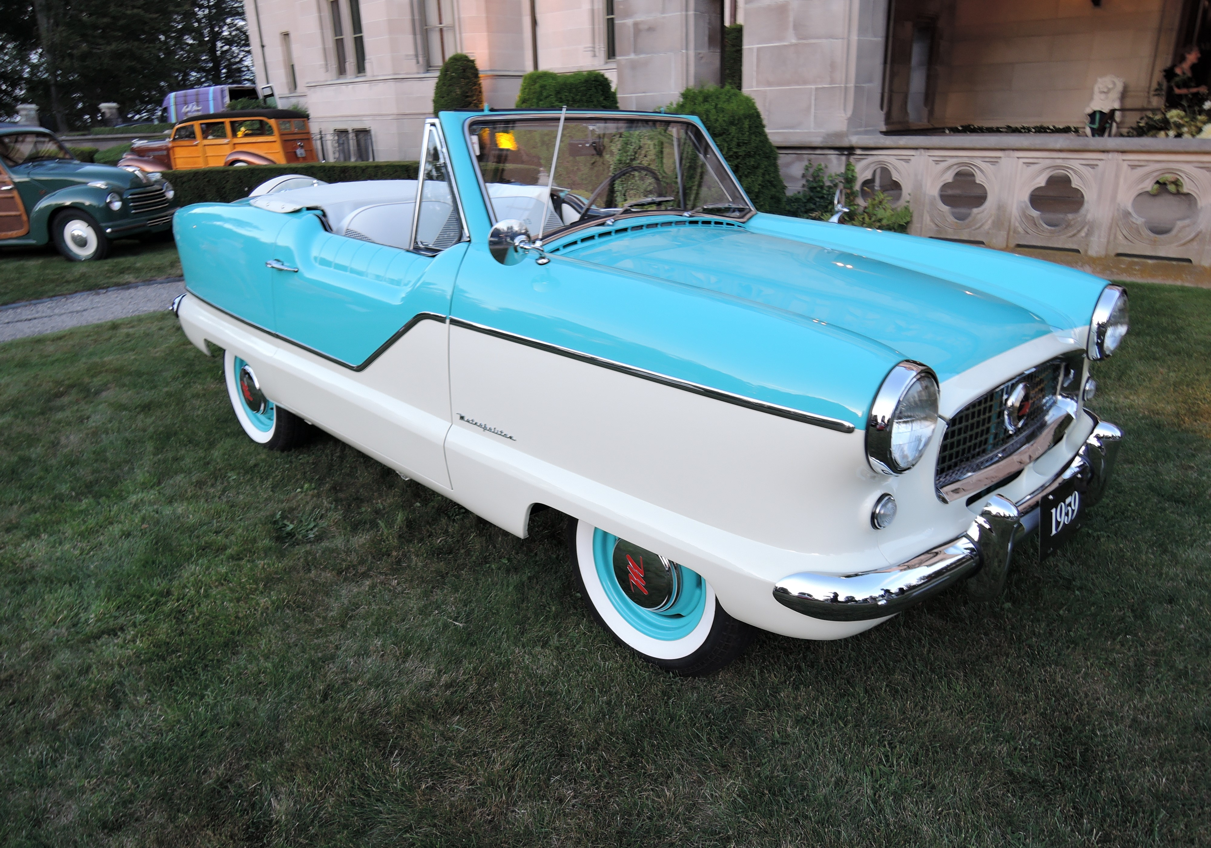 berkshire blue/ frost white 1959 Nash Metroploitan Convertible - Audrain Auto Museum Gala 2017