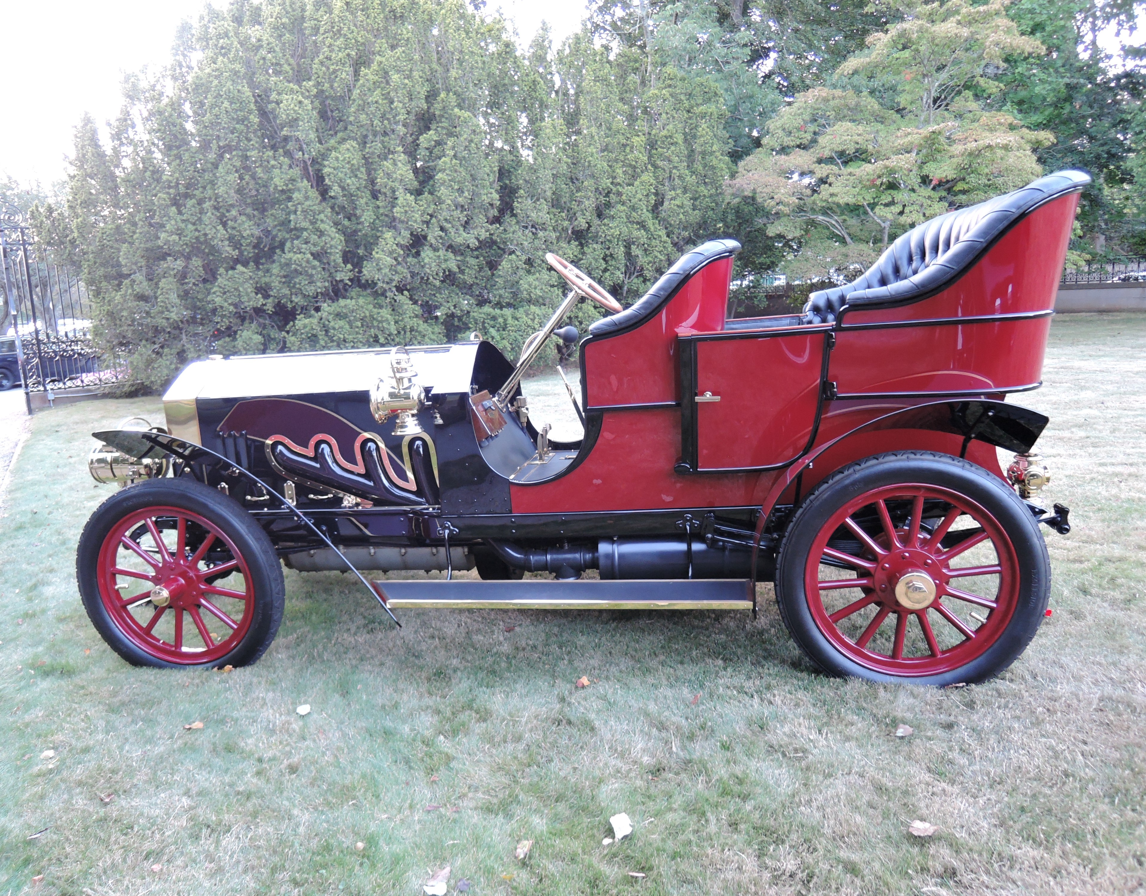 red 1906 Pungs-Finch Limited - Audrain Auto Museum Gala 2017