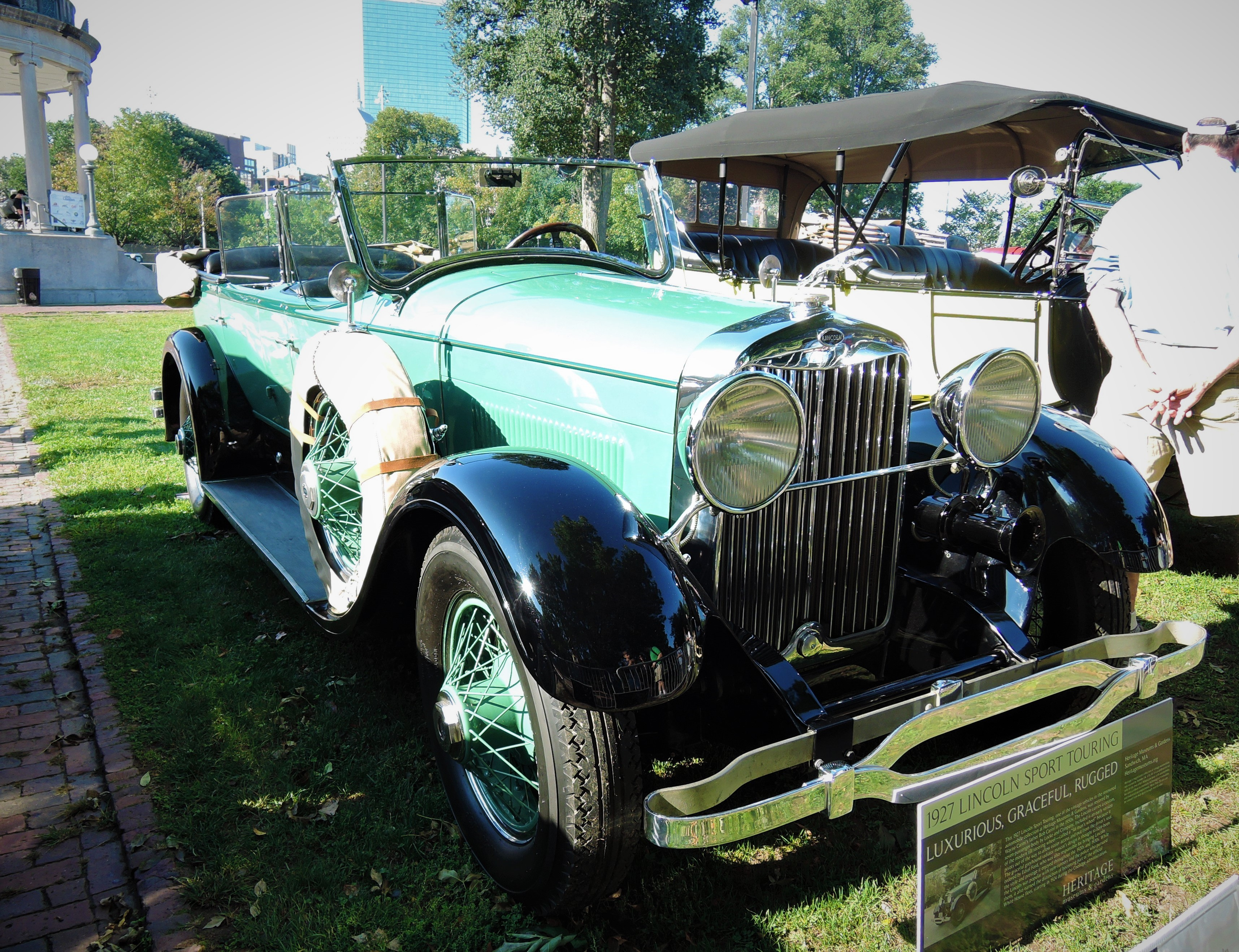 green/black 1927 Lincoln L-385 Sport Touring - The Boston Cup 2017