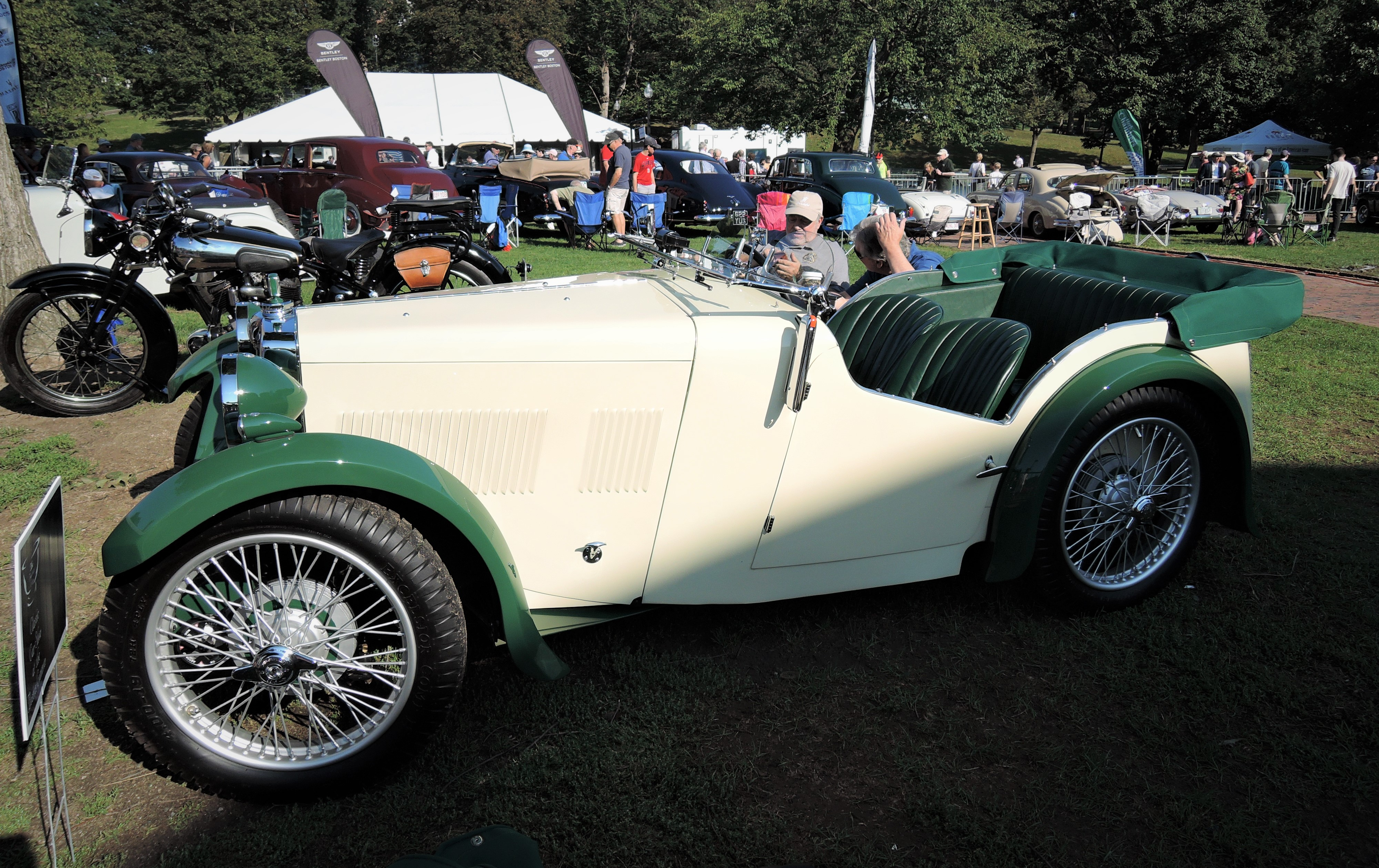 green/cream 1932 MG J1 - The Boston Cup 2017