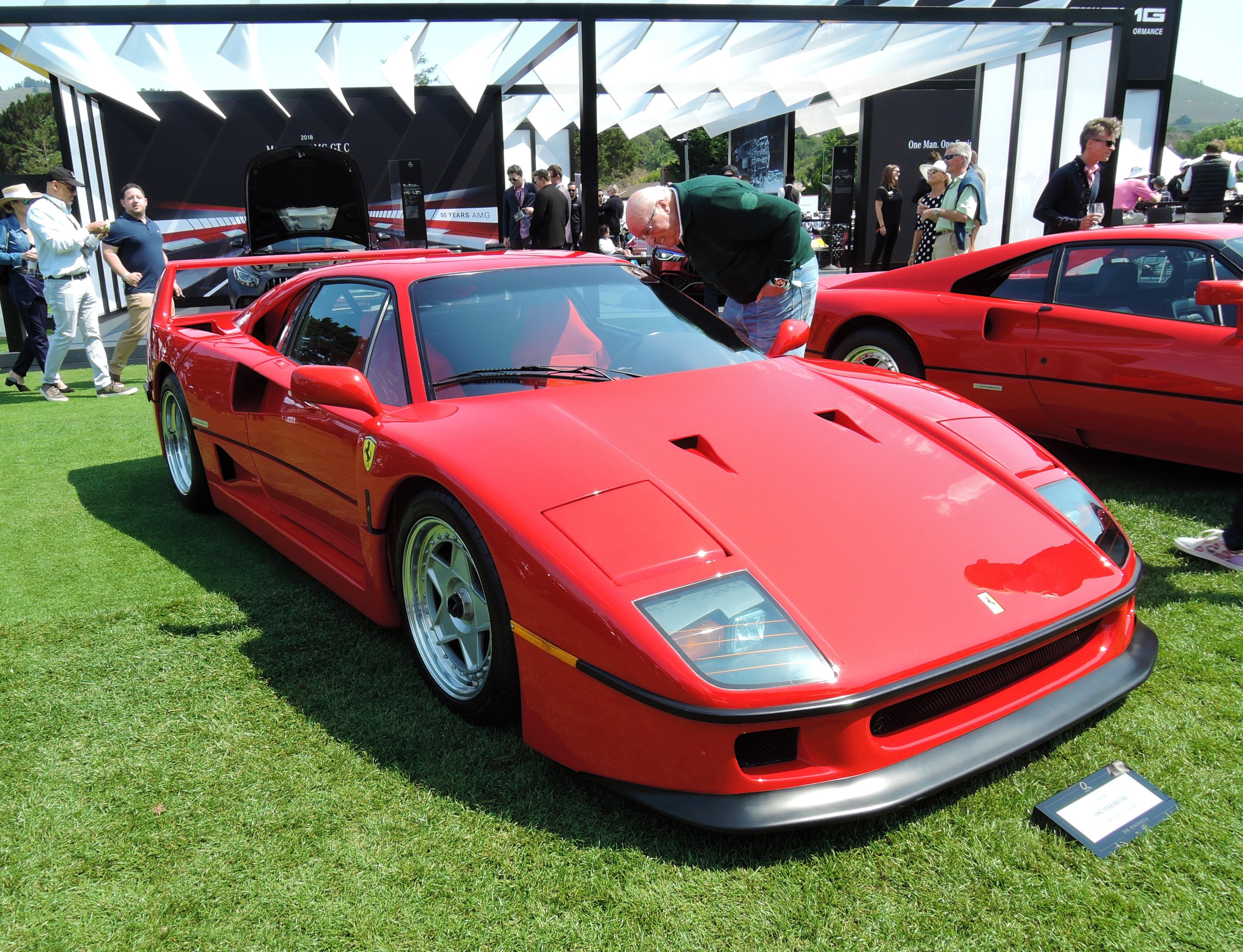 red 1992 Ferrari F40 - The Quail 2017