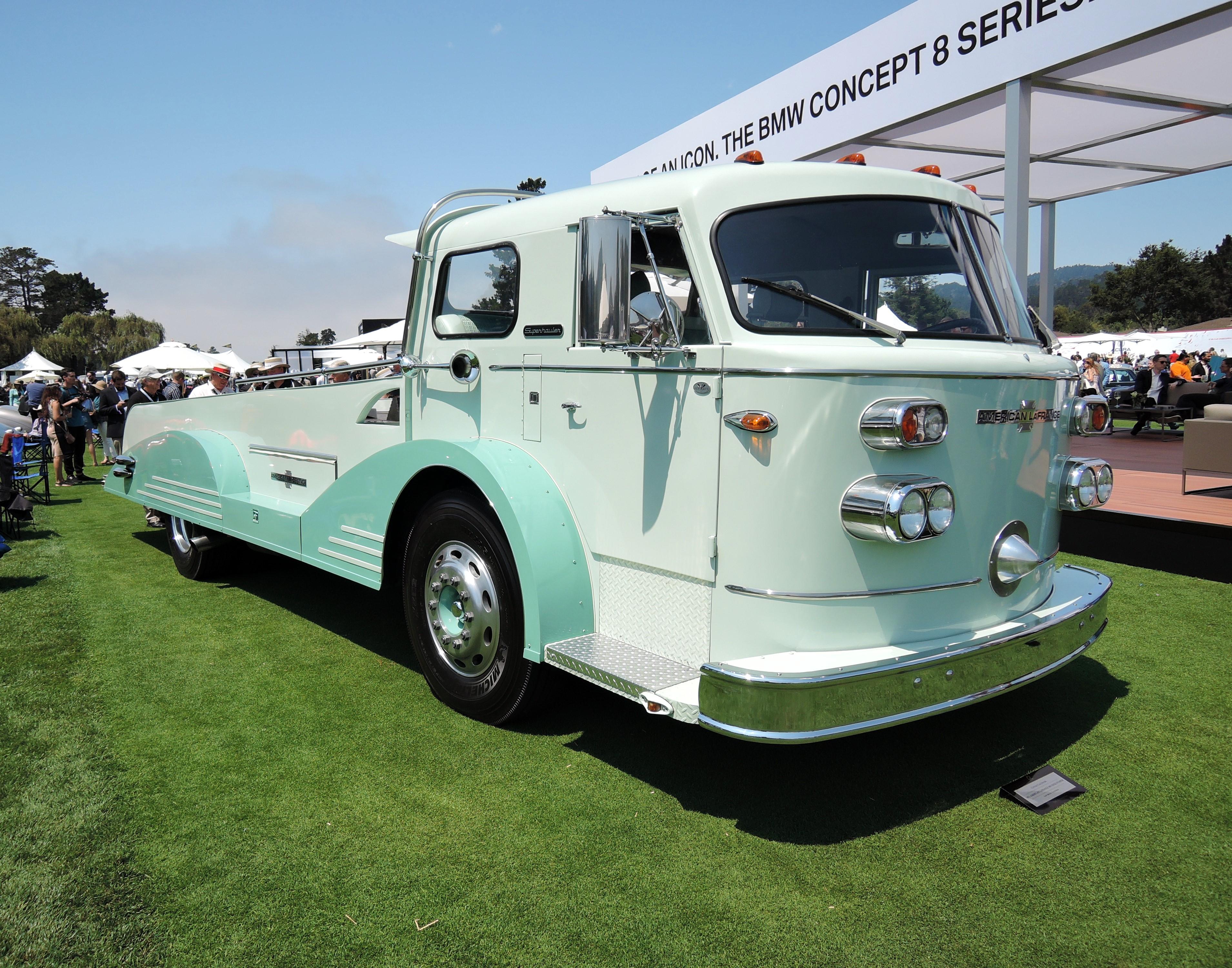 green 1971 American LaFrance 900 Series Pumper - The Quail 2017