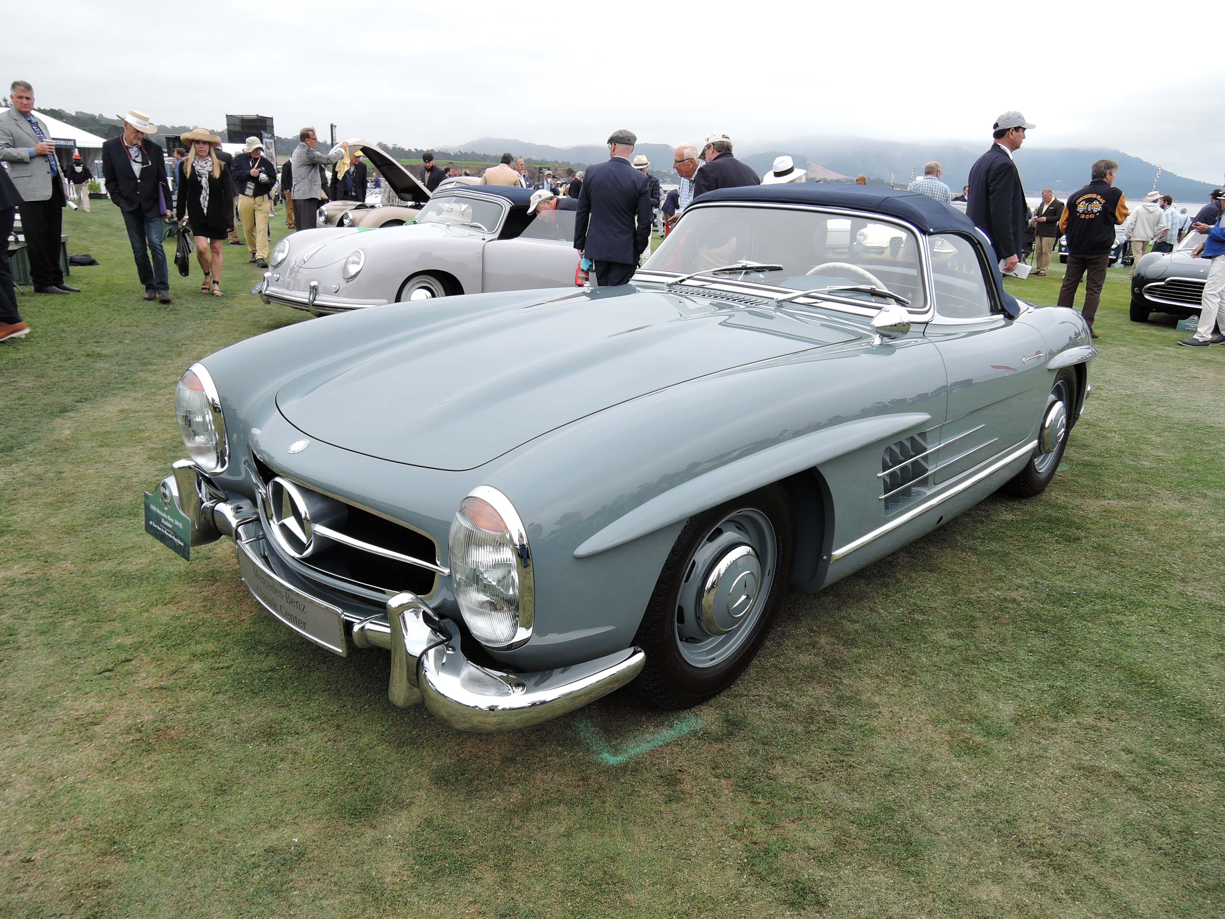 blue/gray 1958 Mercedes-Benz 300 SL Roadster - Pebble Beach Concours d'Elegance 2017