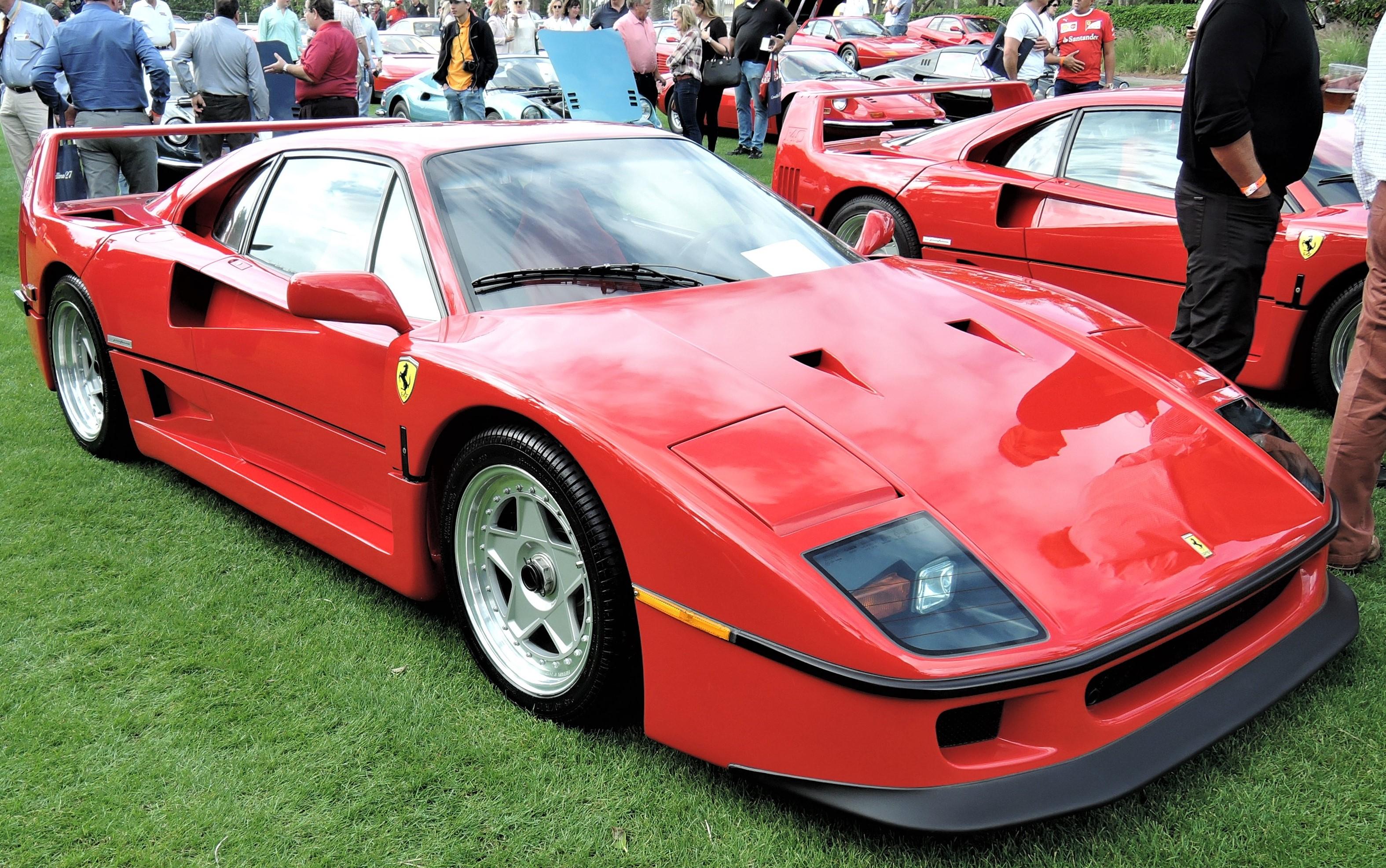 red 1992 Ferrari F40; Sn 92189 - Cavallino 2018 Concours