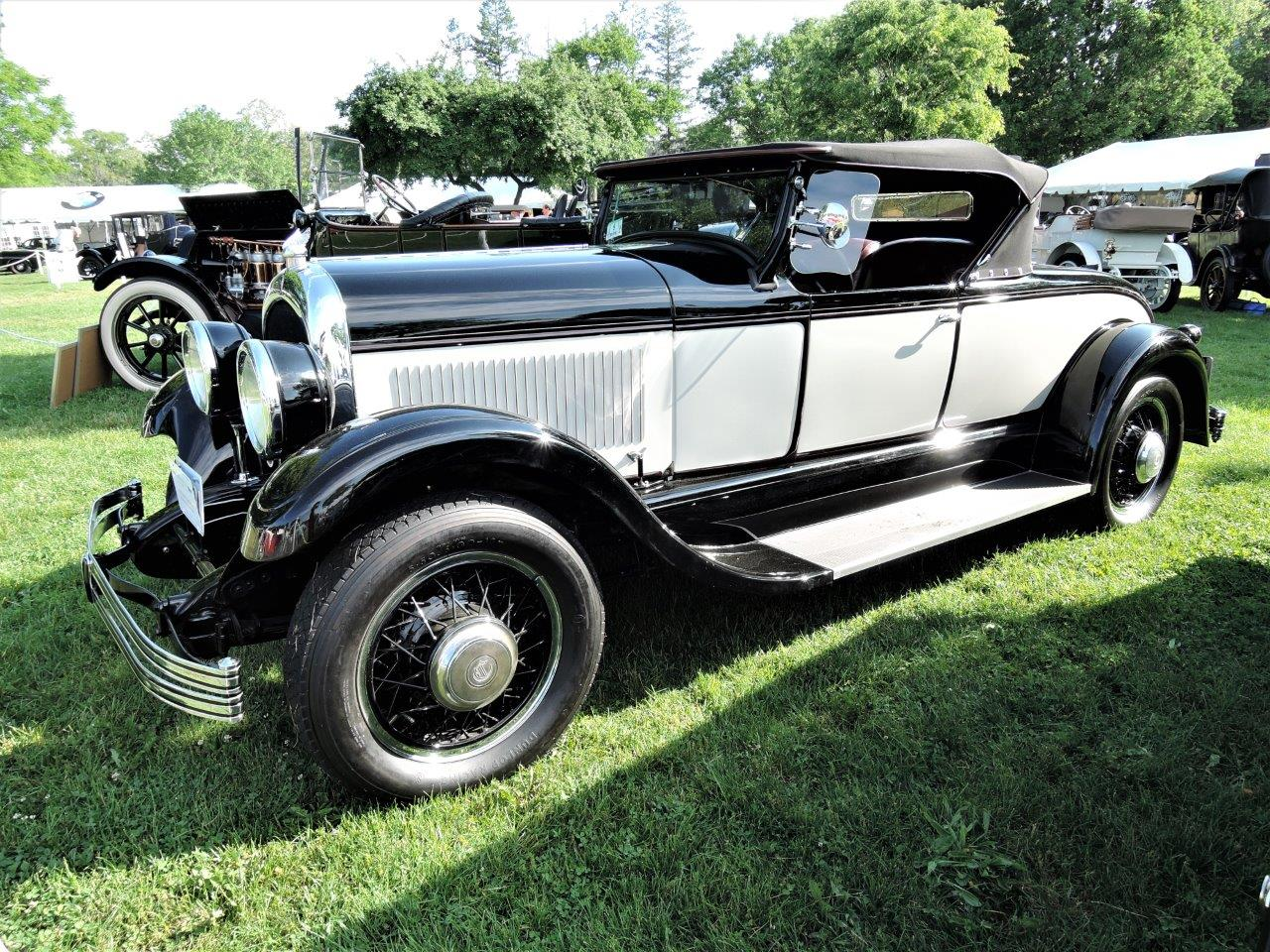 white/black 1928 Chrysler 71 Sport Roadster - 2018 Greenwich Concours Americana