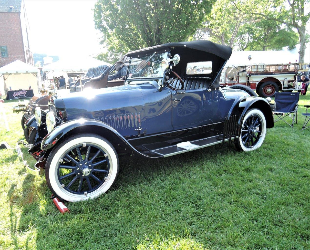 blue 1922 Studebaker Special Six Roadster - 2018 Greenwich Concours Americana