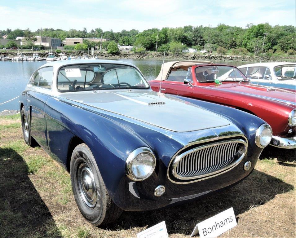 blue/silver 1954 Cunningham C-3 - 2018 Greenwich Concours Americana