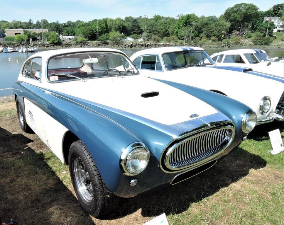 white/blue 1954 Cunningham C-3 - 2018 Greenwich Concours Americana