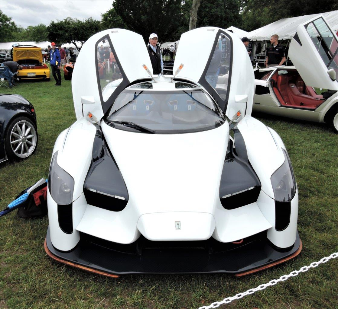 white Jim Glickenhaus' SCG 003 - 2018 Greenwich Concours International