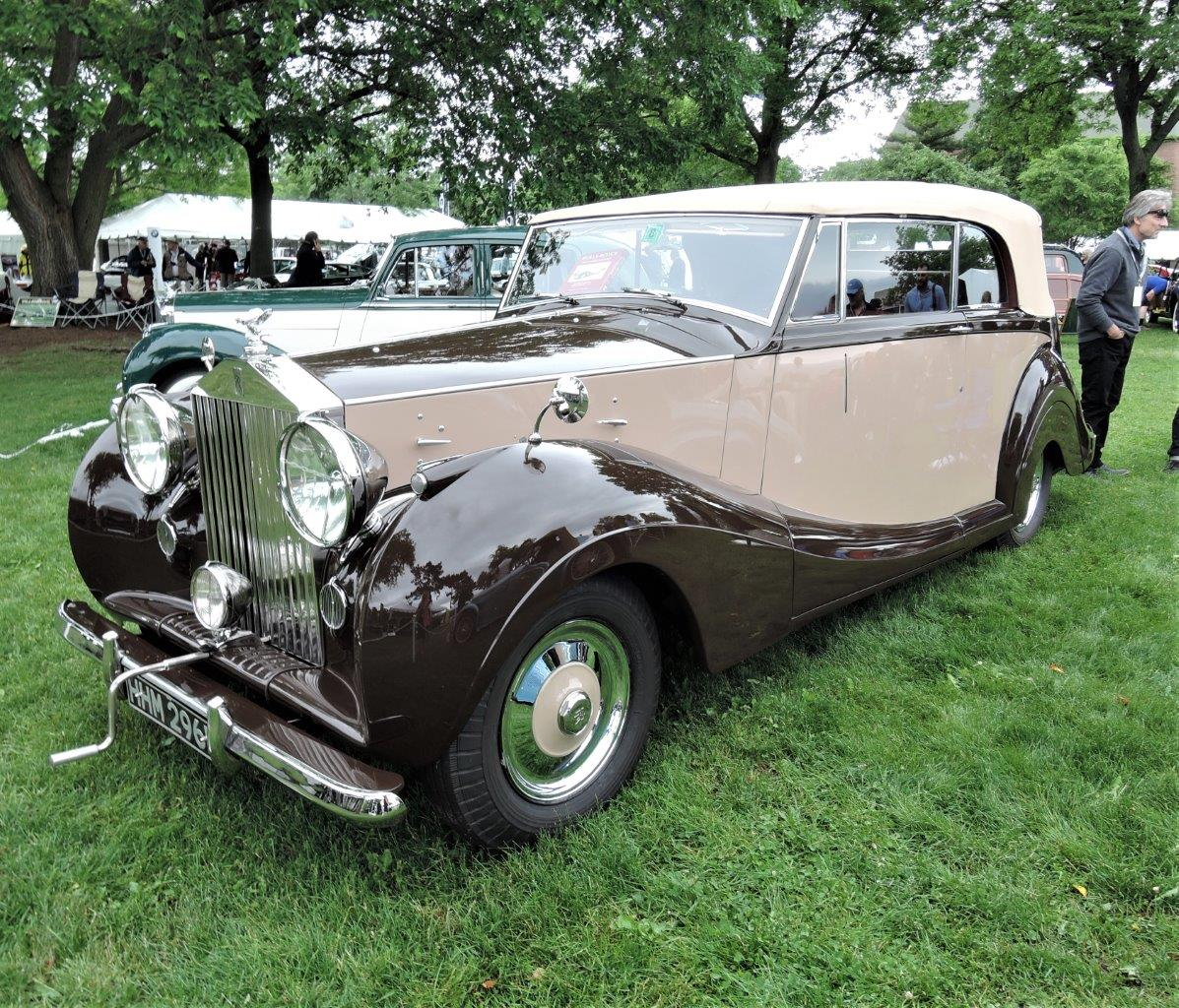 tan/brown 1947 Rolls-Royce Silver Wraith - 2018 Greenwich Concours International