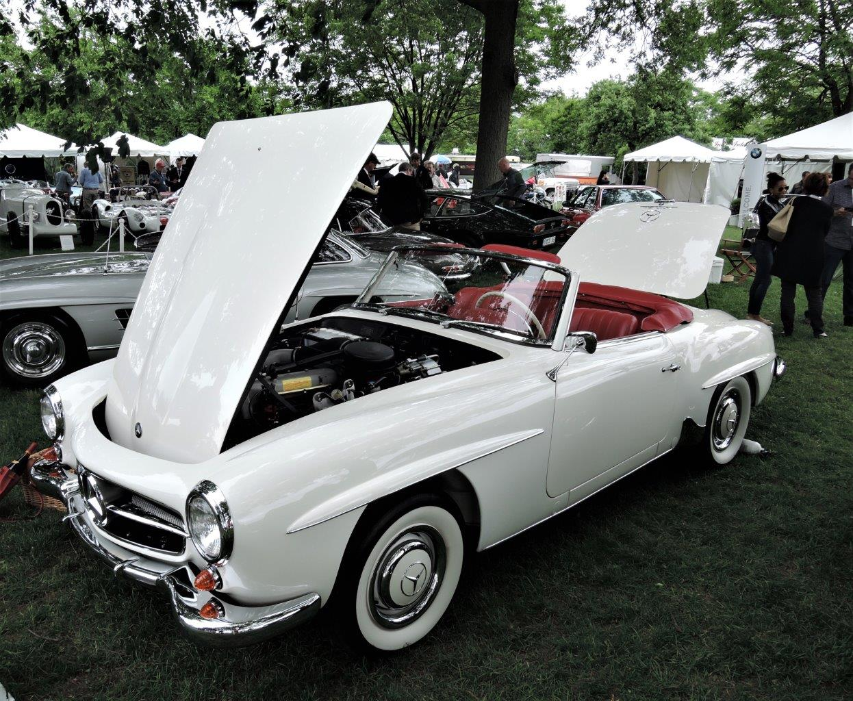 white 1963 Mercedes-Benz 190 SL - 2018 Greenwich Concours International